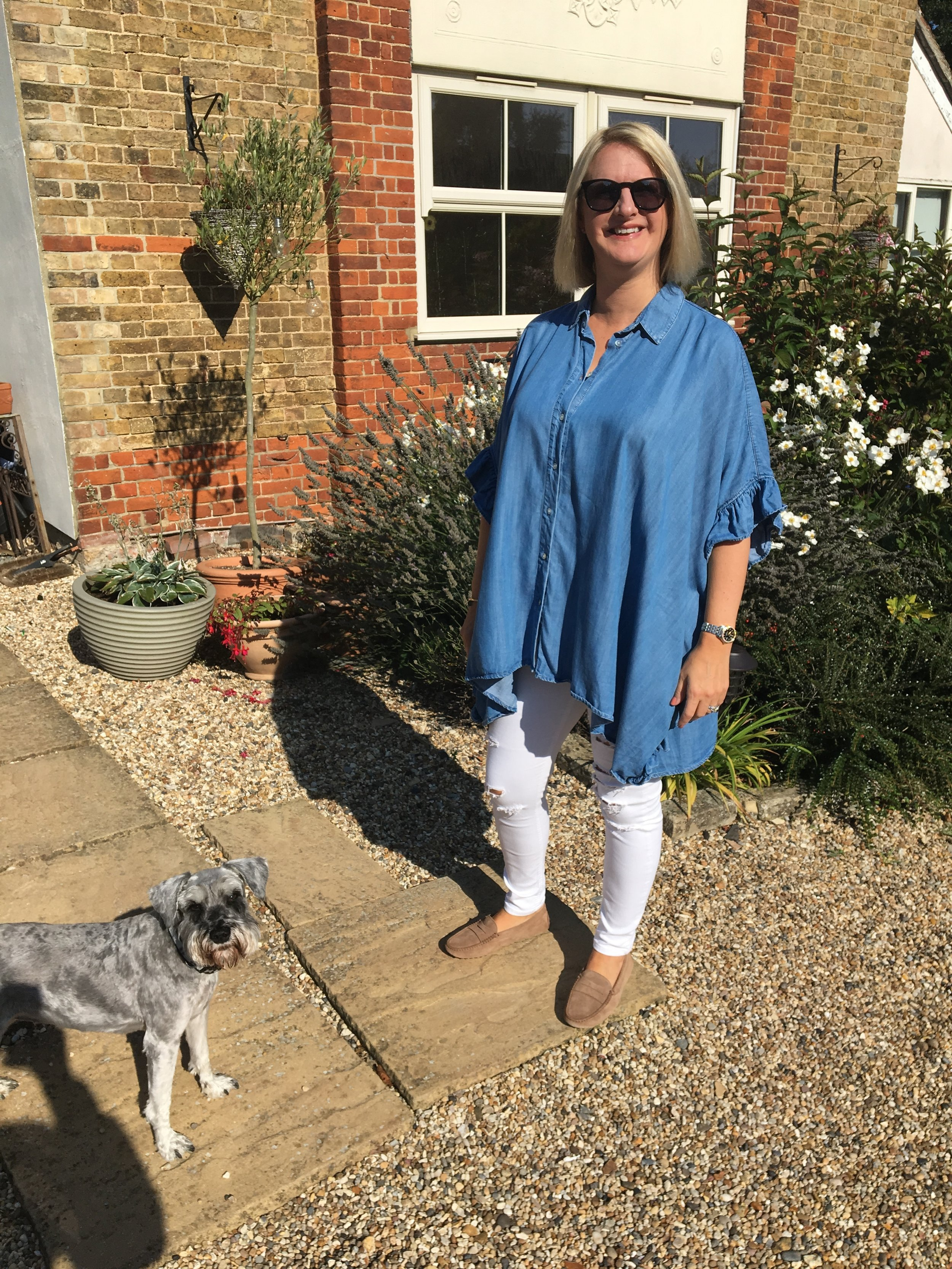 Devon bound. Top from Zara, Jeans from Topshop, Shoes from Tods, Dog all mine.