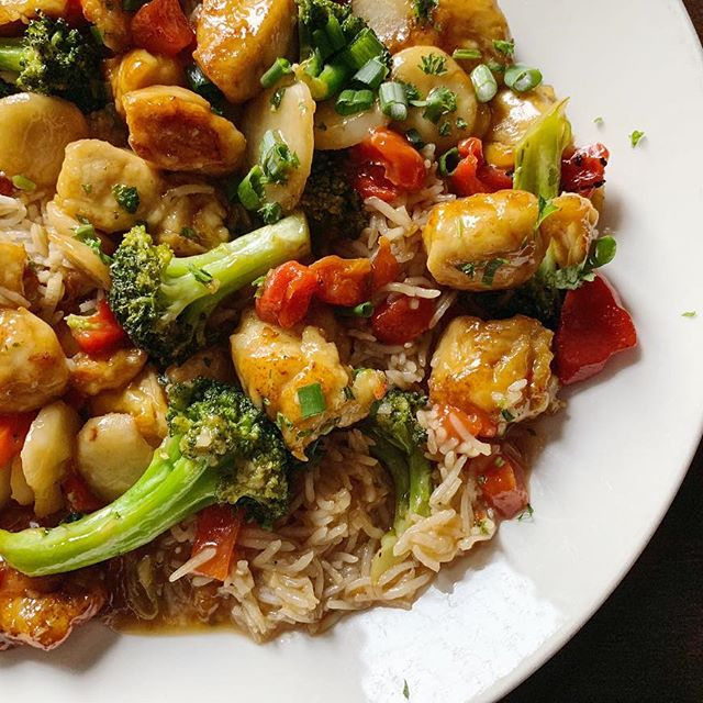 CHICKEN SESAME STIR FRY
