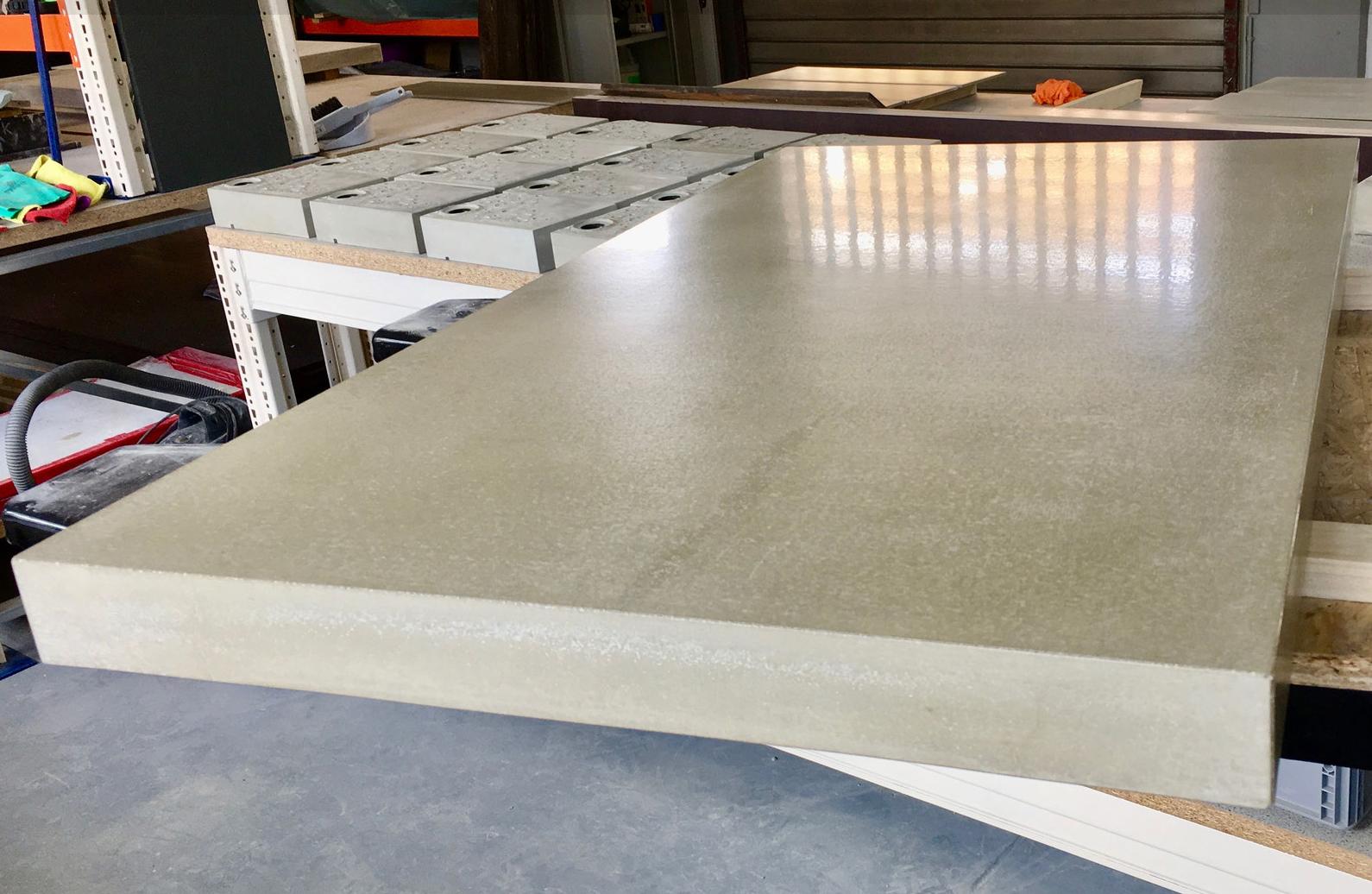 Arbeitsplatte mit glatter Oberfläche, Foto: courtesy werftbeton
