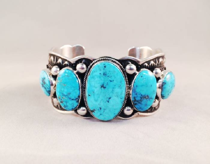 A piece of jewelry advertised on the Facebook page for Al Zuni Global Jewelry Wholesale, which stands accused of manufacturing counterfeit Native American goods in the Philippines to import and illegally sell in the US. Photo courtesy of Al Zuni Global Jewelry Wholesale.
