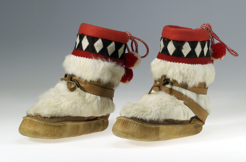 The National Museum of the American Indian - Smithsonian Institution. The Indian Arts and Crafts Board: Mukluks