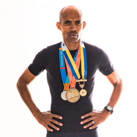 - American Silver Medal Olympian, Boston and New York City Marathon Winner , and truly one of the greatest runners of all time, Meb Keflezighi will join us for this special evening, helping us present our awards to the wear blue community