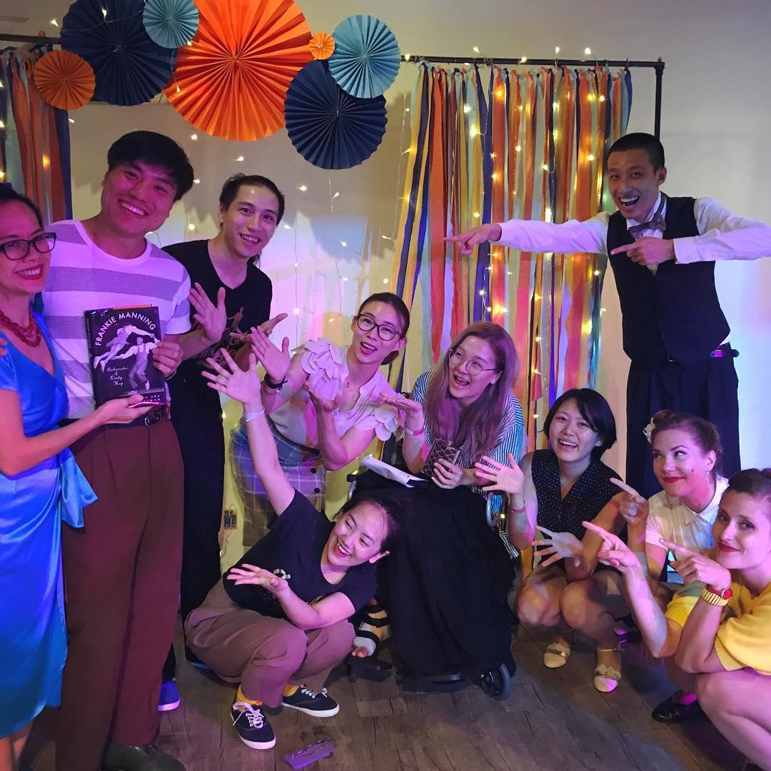 Left to right: Sing Lim, Weiming Zeng, Chen Qing, Wanyuan Li (in front, on floor), Lynn Cheng, Suzy Xiong, Beibei Huang, Kang Chong (standing), Lizette Rönnqvist, Mimmi Gunnarsson Bringlöv. Photo Credit: Sing Lim.