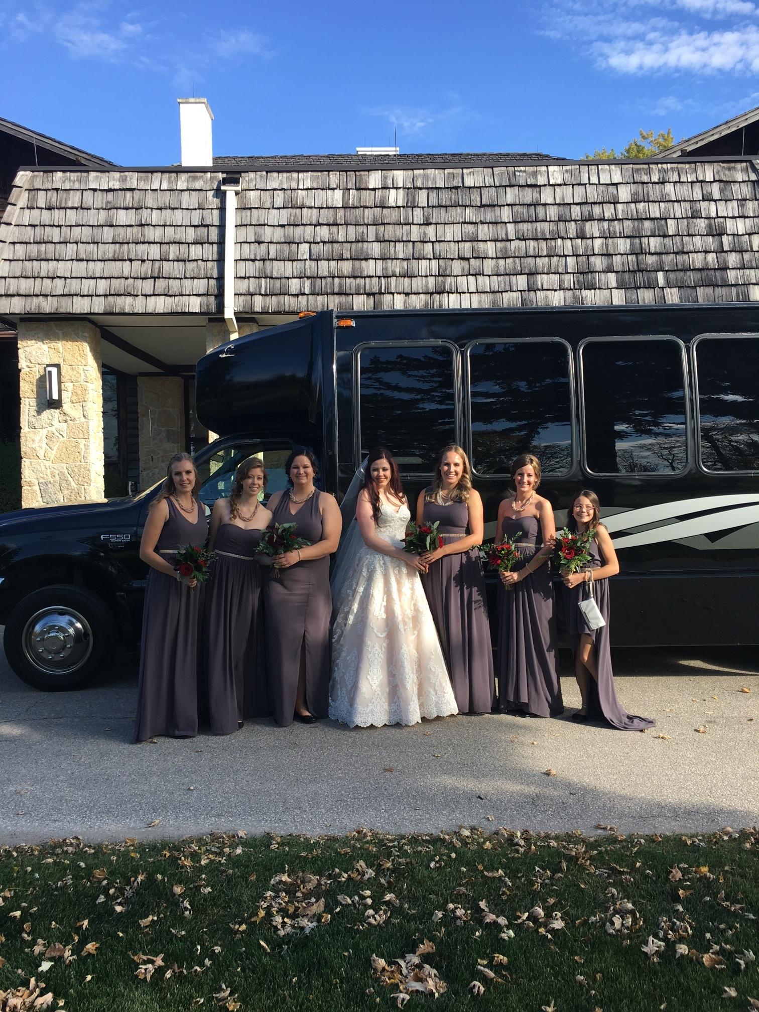 Alana and her bridesmaids