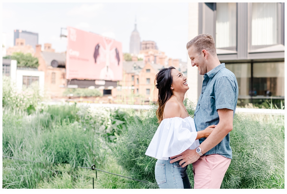 engaged couple on the nyc highline