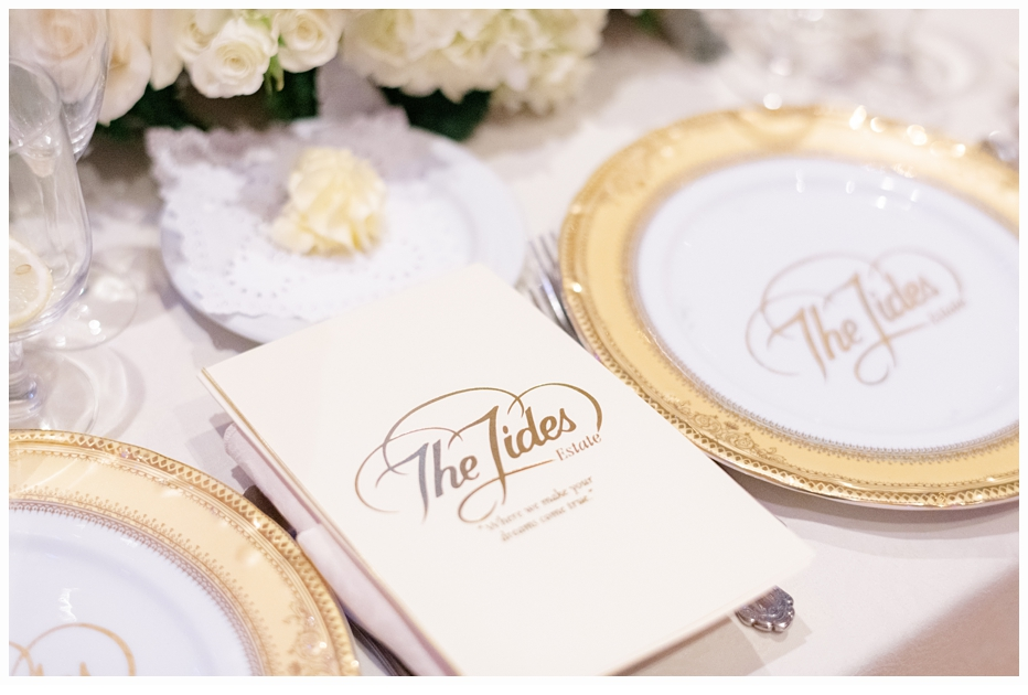 pretty gold plates at a wedding