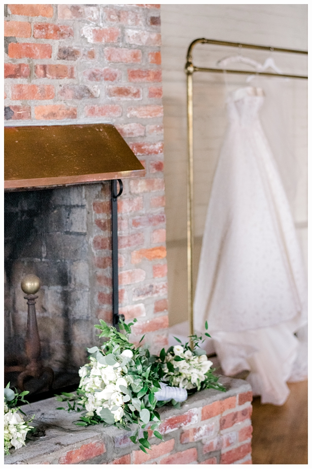 lindsay-greg-liberty-warehouse-wedding_0609.jpg