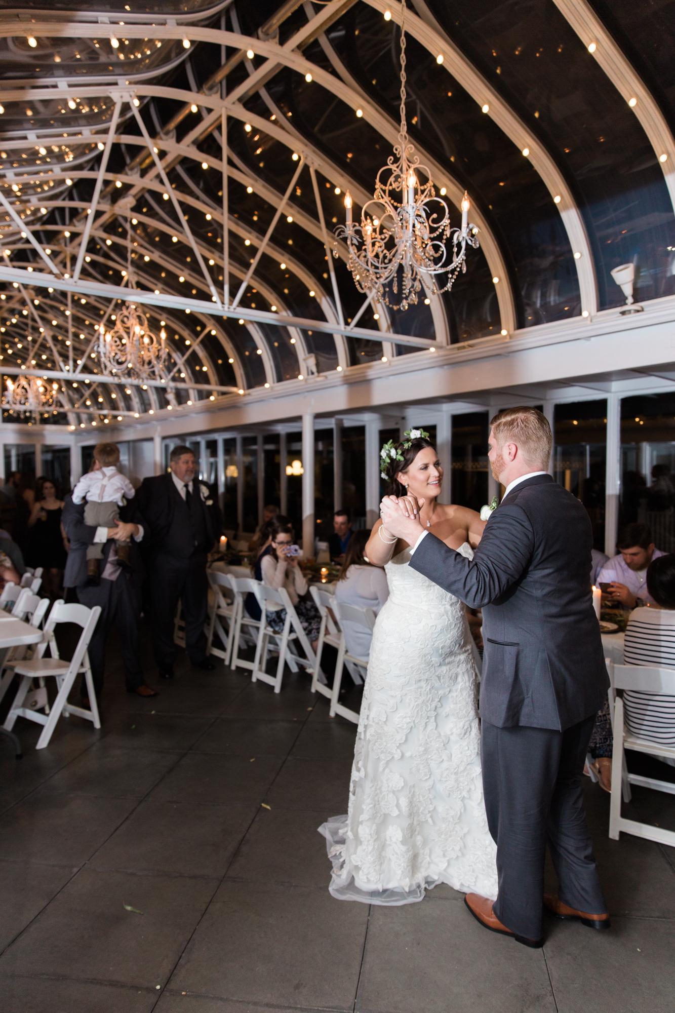Houston, Texas Garden Wedding Photography | www.abbihearne.com