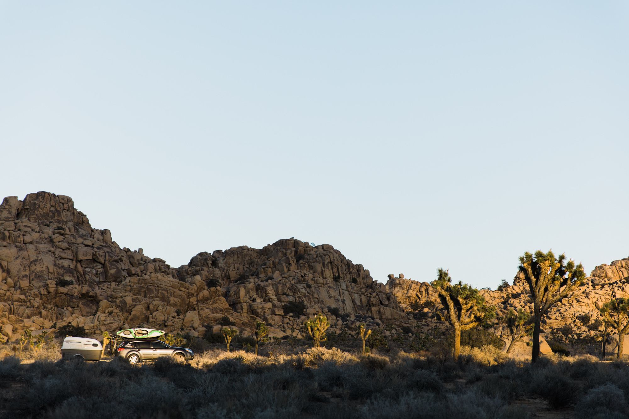 exploring joshua tree national park // www.abbihearne.com