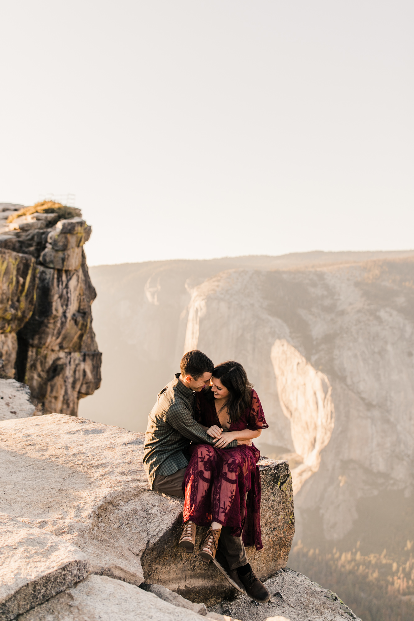 rachel + seth's adventurous taft point engagement session | yosemite national park | california adventure elopement photographer | the hearnes adventure photography | www.thehearnes.com