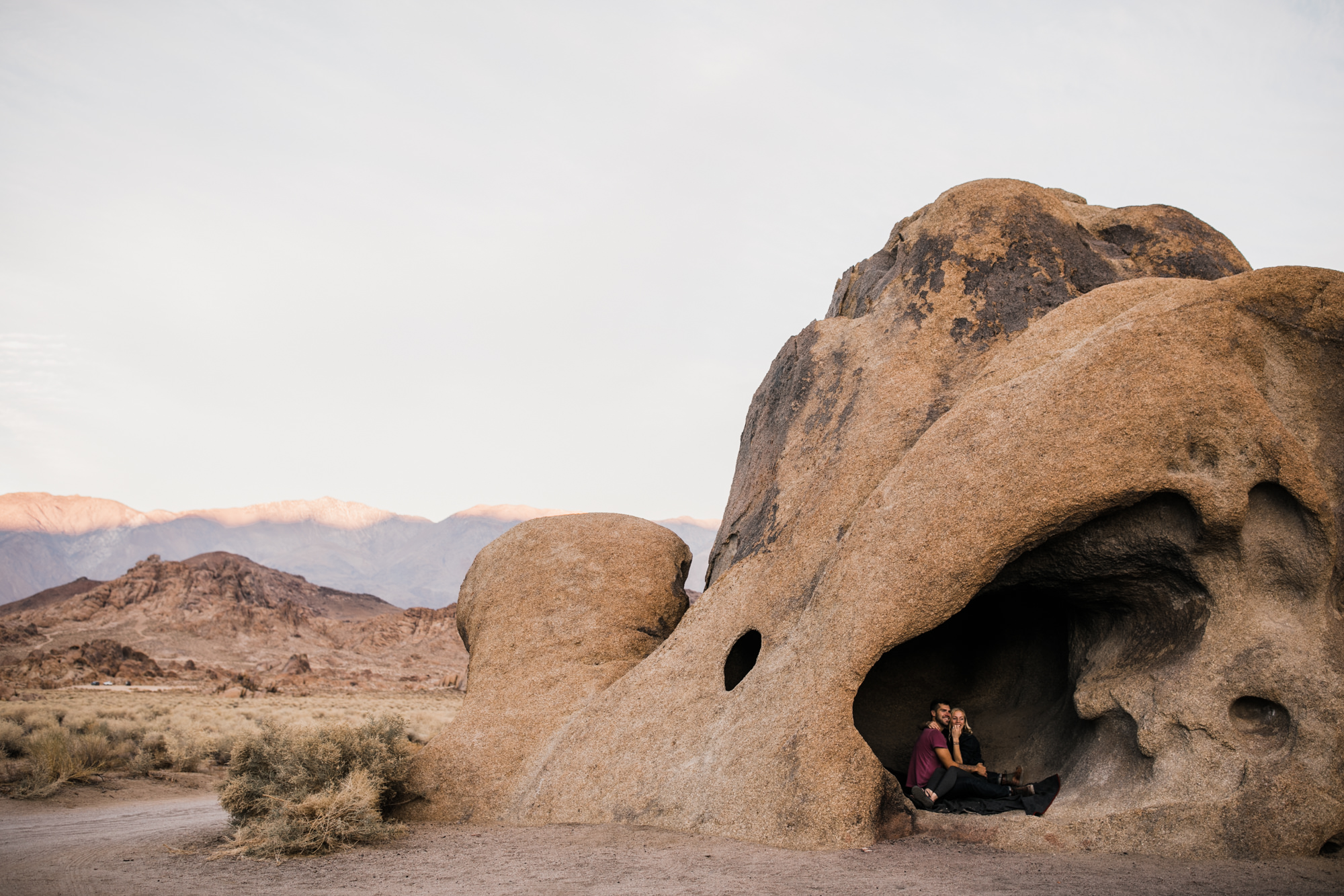 van life engagement session in the mountains | destination engagement photo inspiration | utah adventure elopement photographers | the hearnes adventure photography | www.thehearnes.com