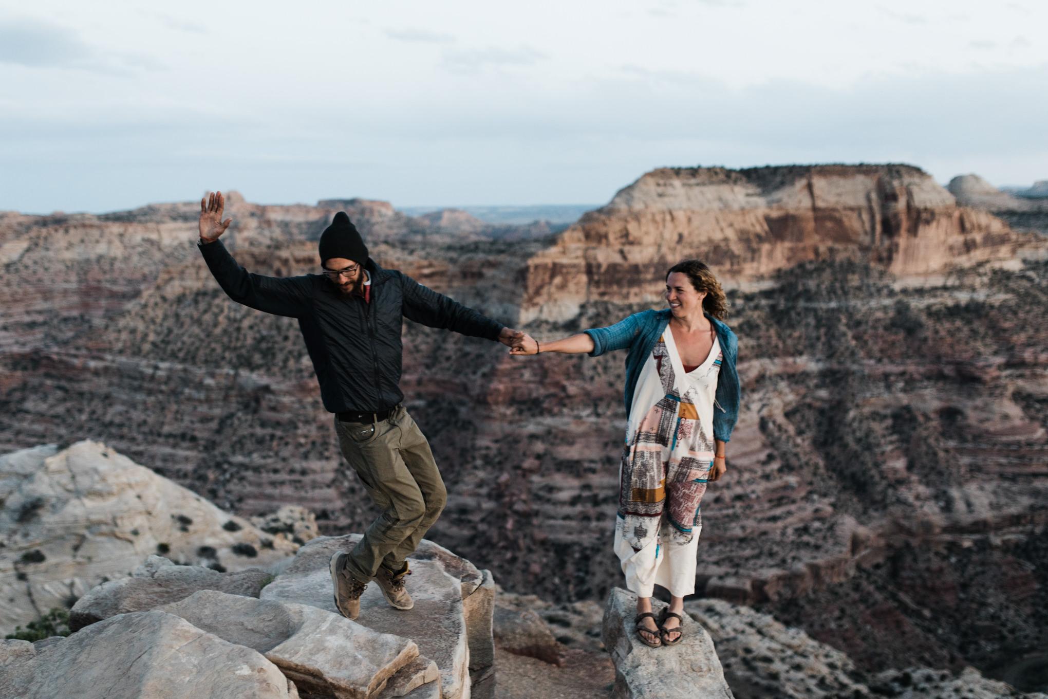 emotive van life session in the desert | destination engagement photo inspiration | utah adventure elopement photographers | the hearnes adventure photography | www.thehearnes.com