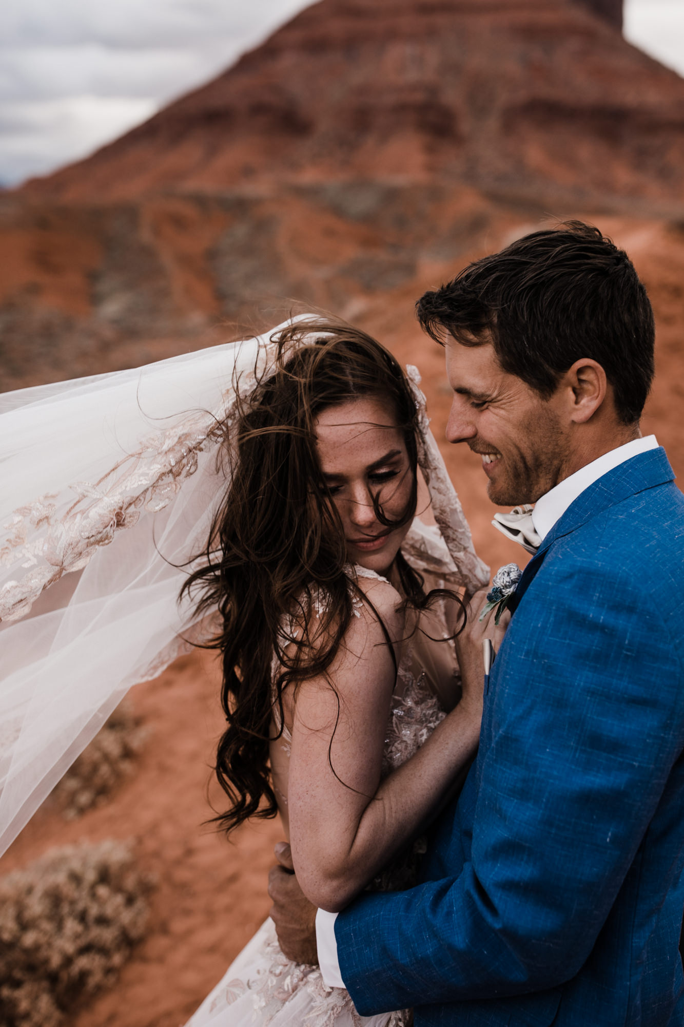 moab, utah spacenet wedding day | destination adventure wedding photographers | the hearnes adventure photography | www.thehearnes.com