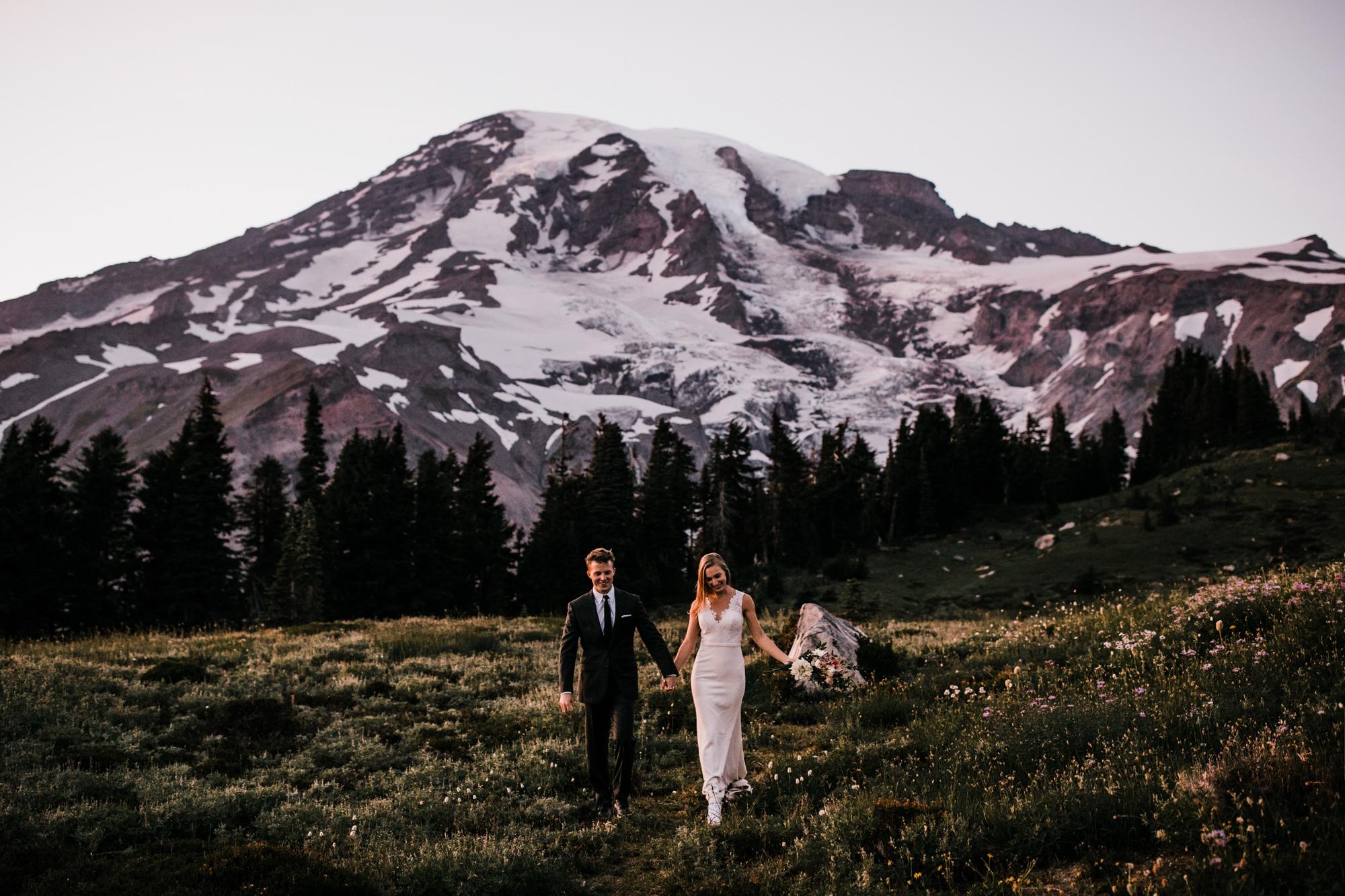 mount rainier national park adventure elopement | destination adventure wedding photographers | the hearnes adventure photography | www.thehearnes.com