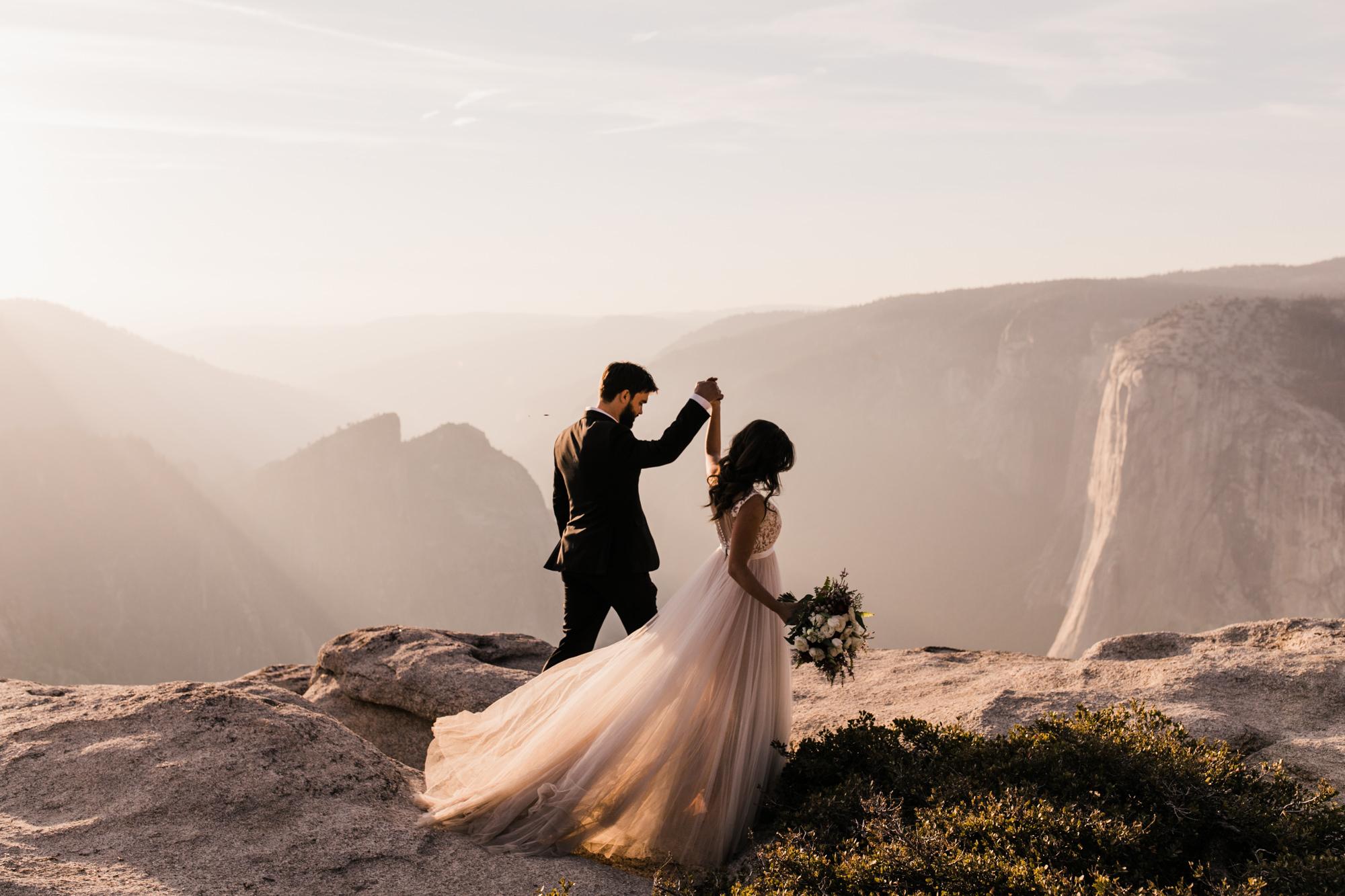 intimate adventurous elopement in yosemite national park | destination adventure wedding photographers | the hearnes adventure photography | www.thehearnes.com