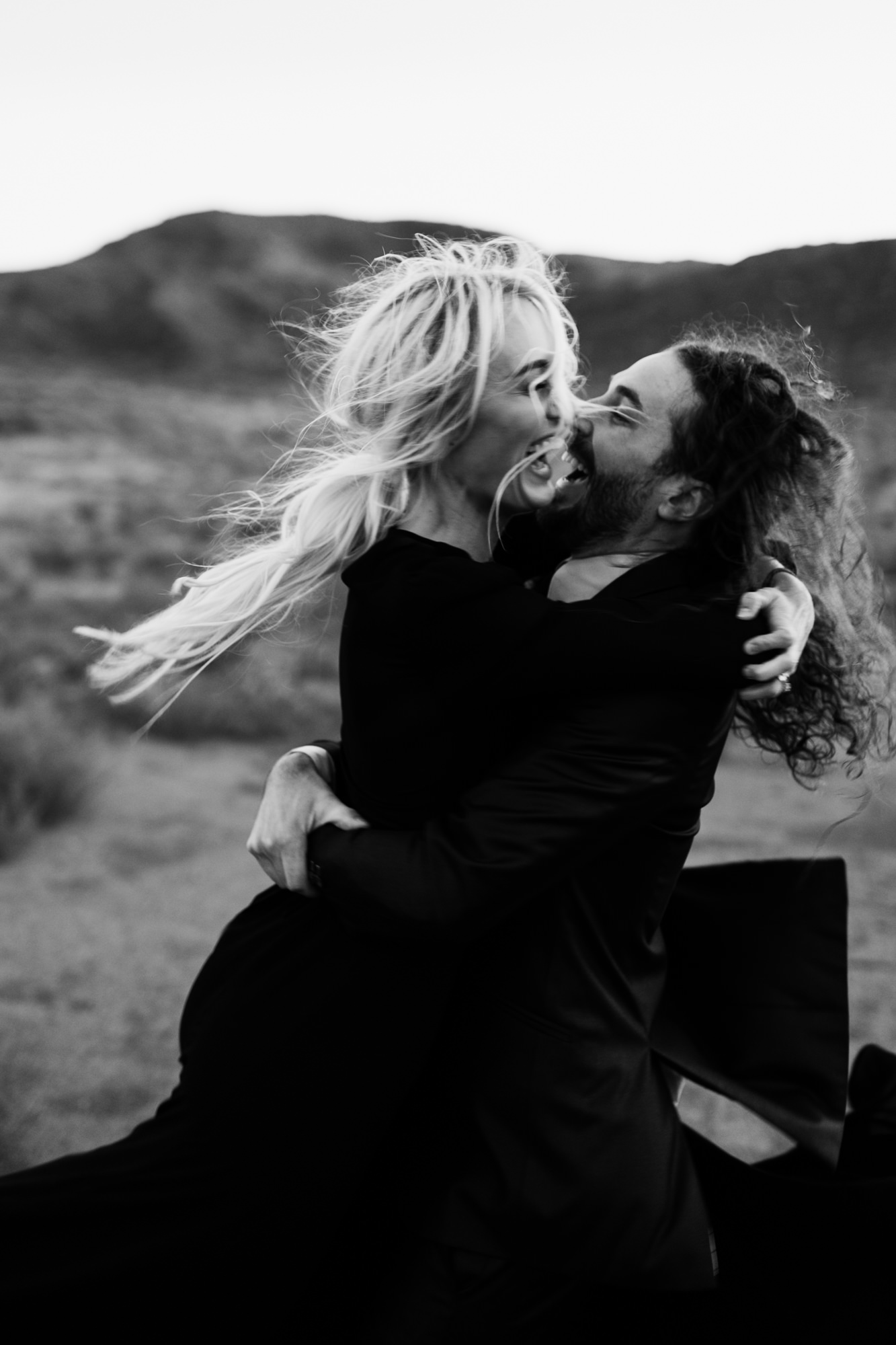 adventurous elopement in moab, utah | destination adventure wedding photographers | the hearnes adventure photography | www.thehearnes.com