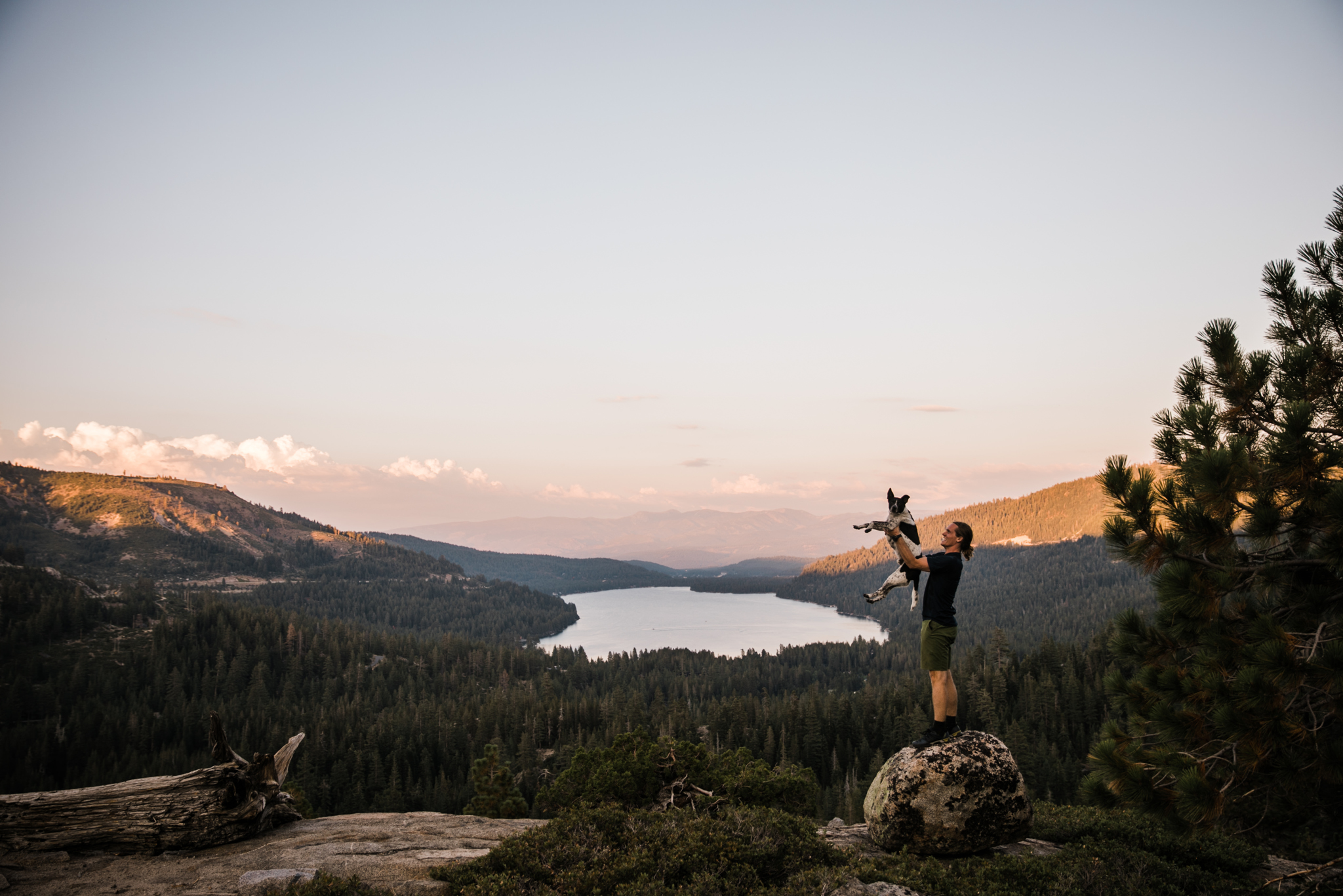 donner lake sunset | utah and california adventure elopement photographers | the hearnes adventure photography | www.thehearnes.com