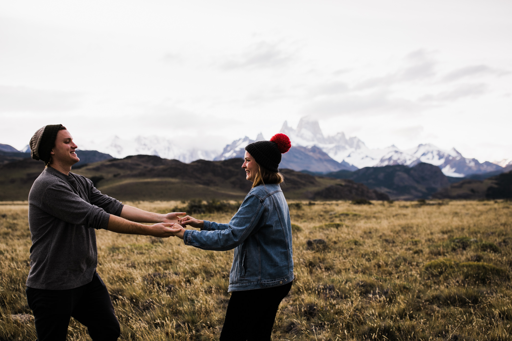 rich + anni's adventure travel session in el chalten | fitz roy, patagonia, argentina | patagonia destination elopement photographer | the hearnes adventure photography | www.thehearnes.com