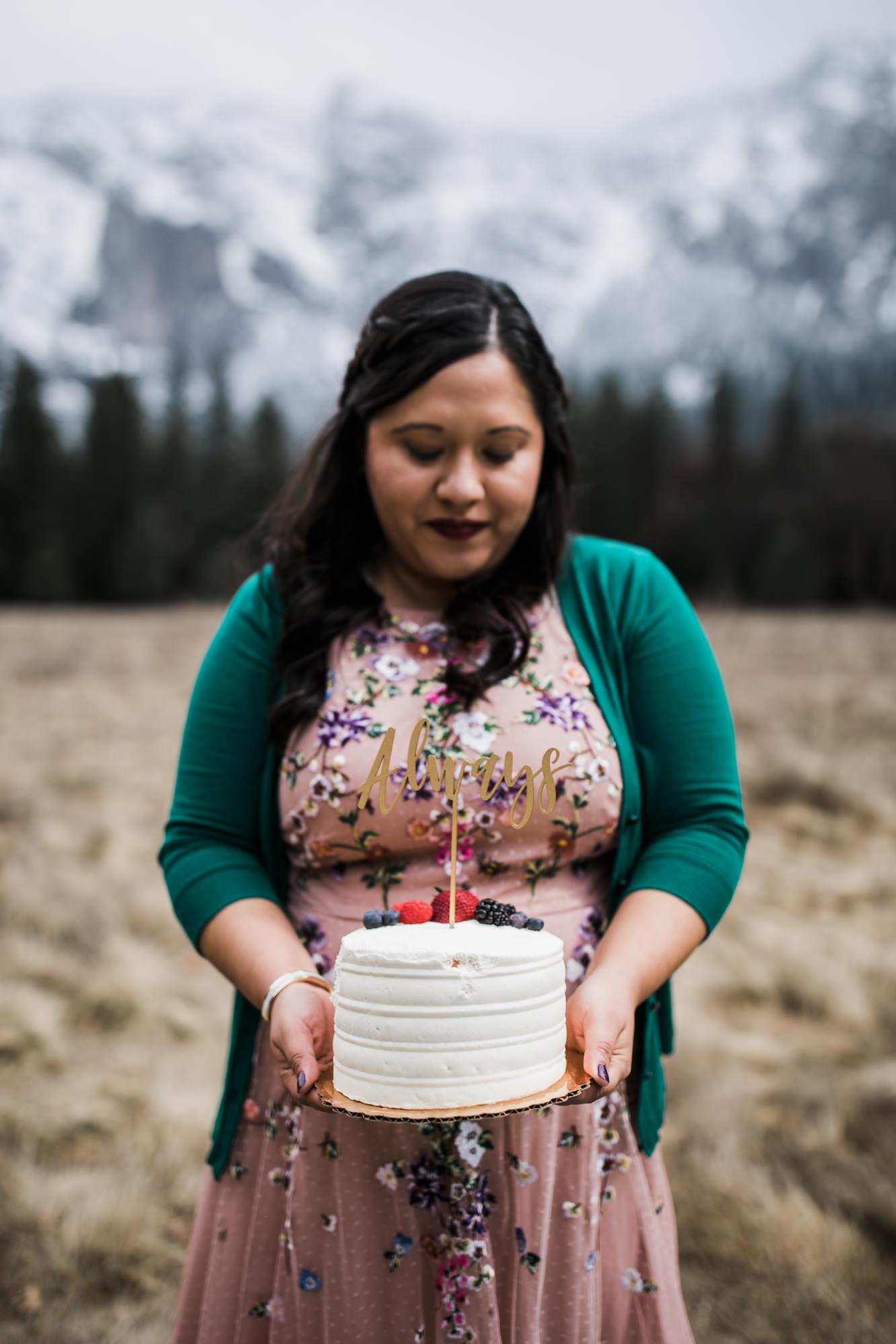 mini wedding cake for your adventure elopement