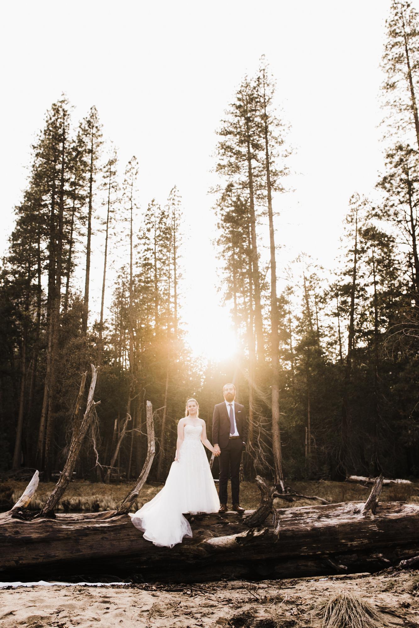 winter elopement wedding in yosemite national park | The Hearnes Adventure Photography