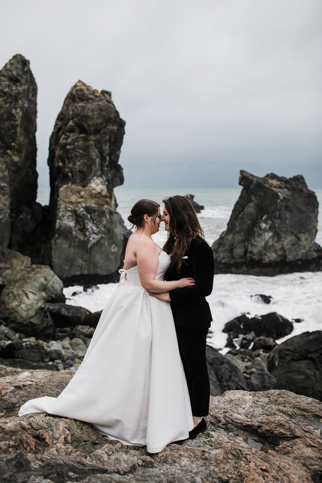 adventure elopement on the northern california coast