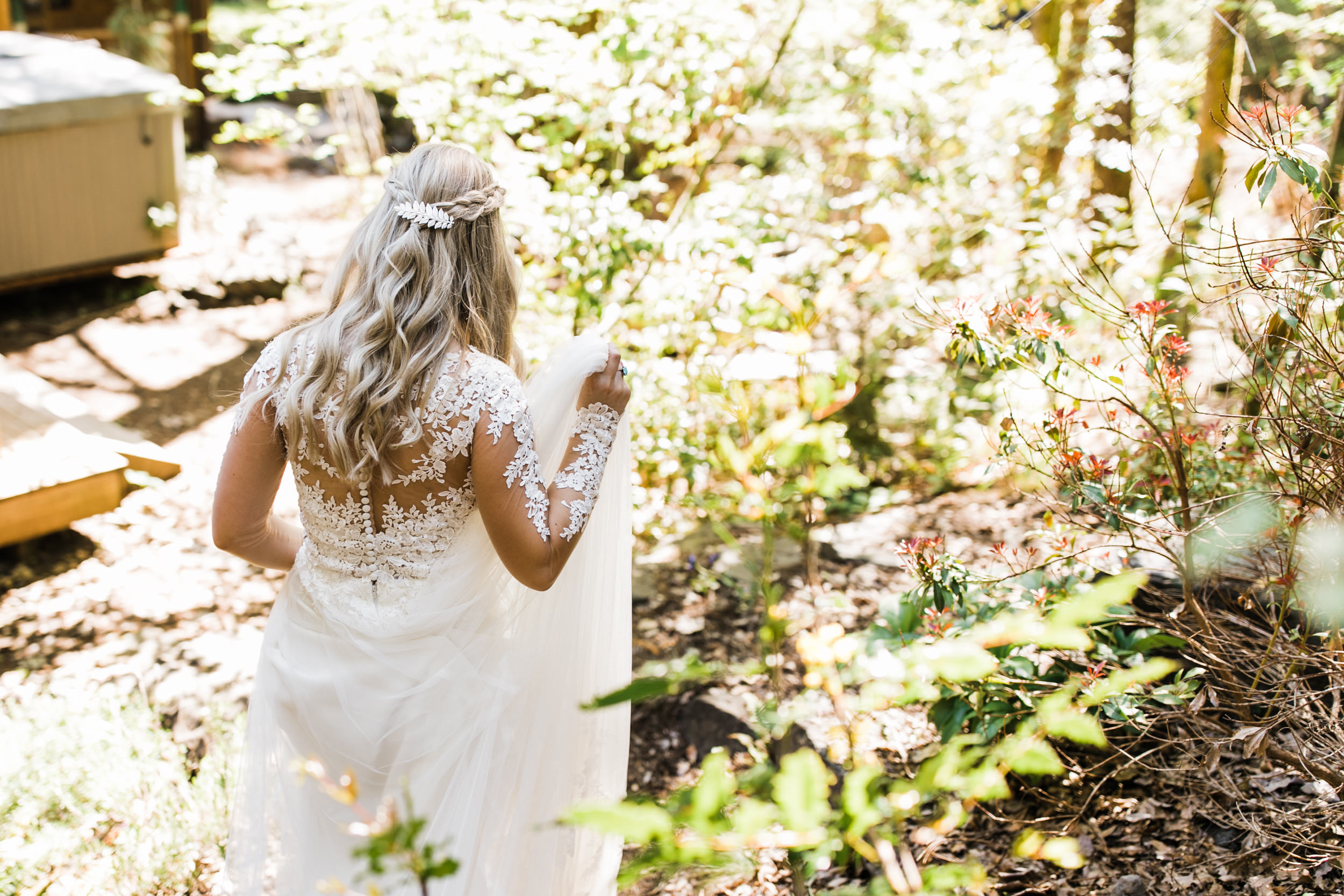 intimate ceremony at an airbnb cabin in washington | long sleeve wedding dress | first dance in the mountains | national park elopement photographer