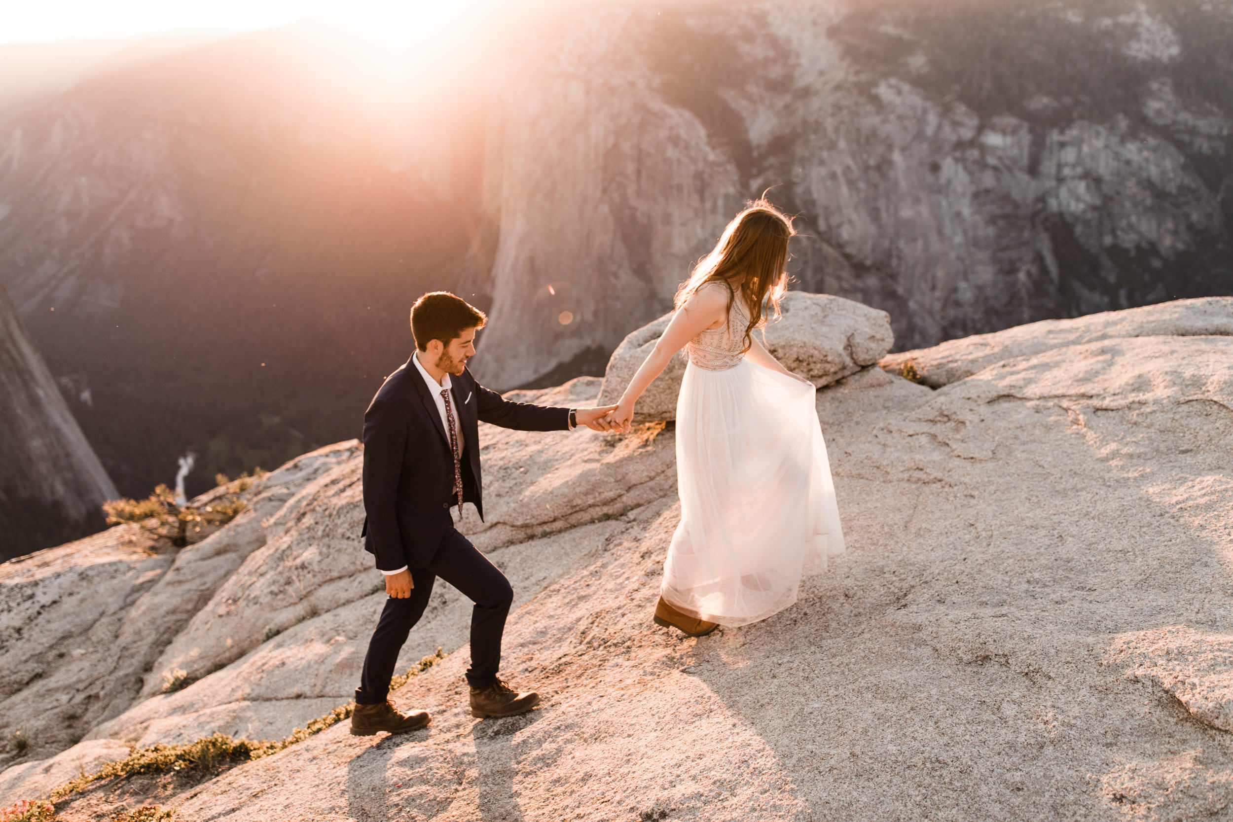 Hearnes-Elopement-Photography-Yosemite-Wedding-Photographer-Taft-Point-Adventure-21.jpg