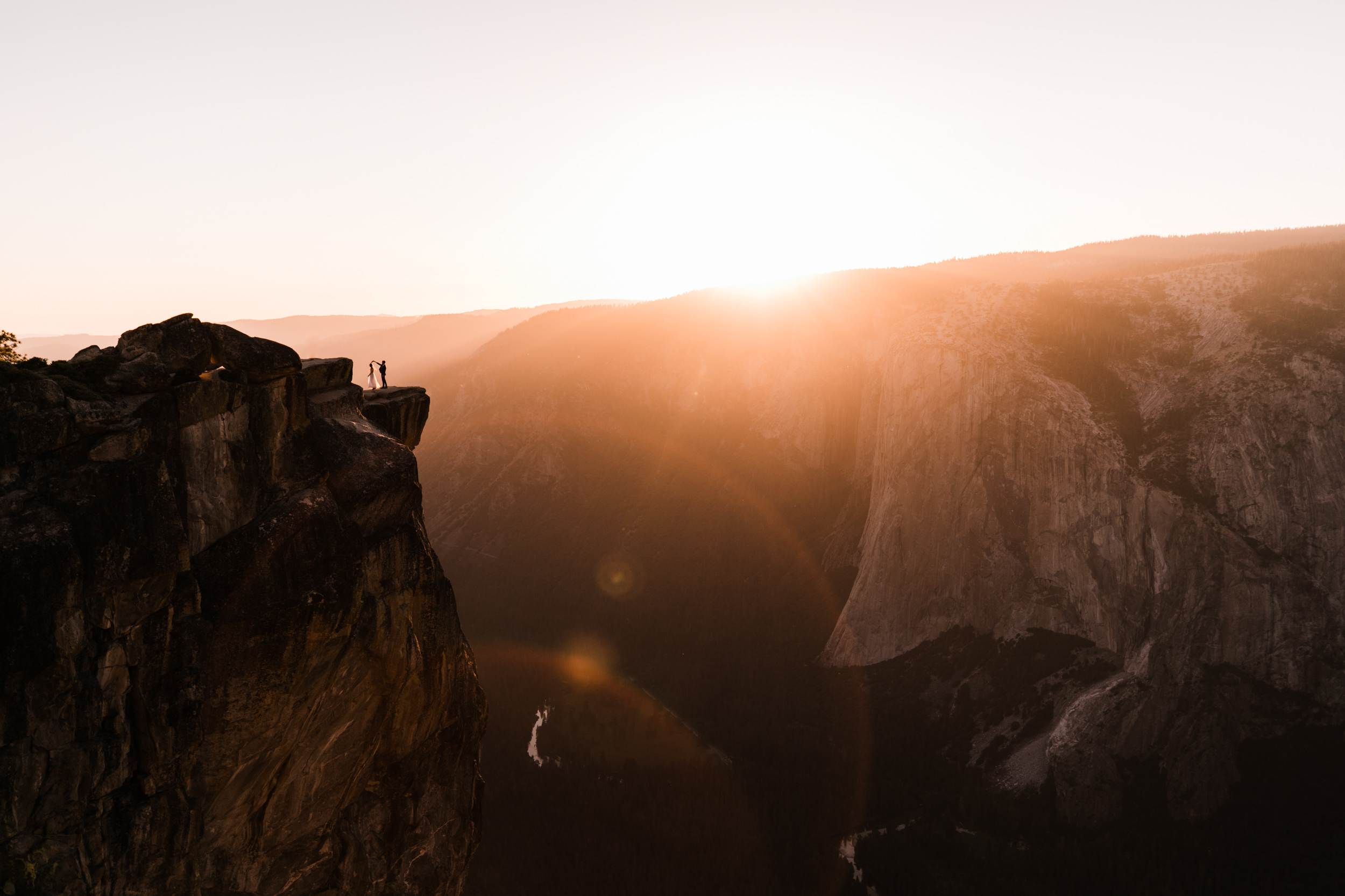 Hearnes-Elopement-Photography-Yosemite-Wedding-Photographer-Taft-Point-Adventure-22.jpg