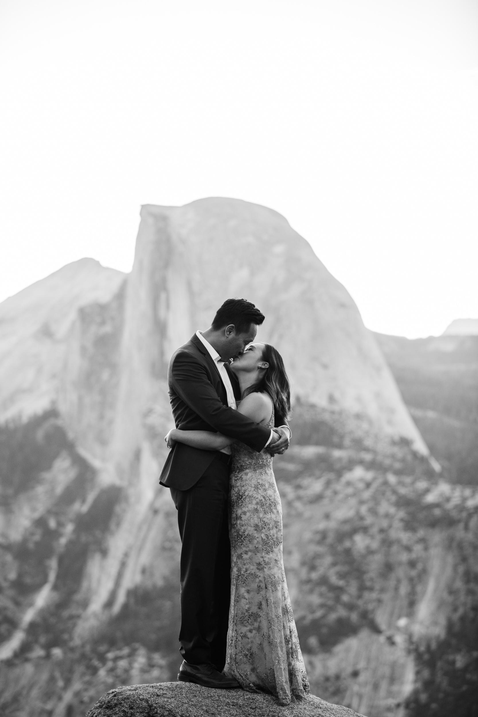 michelle + doug's adventure session at glacier point | 10 year wedding anniversary celebration | yosemite elopement inspiration | the hearnes adventure photography