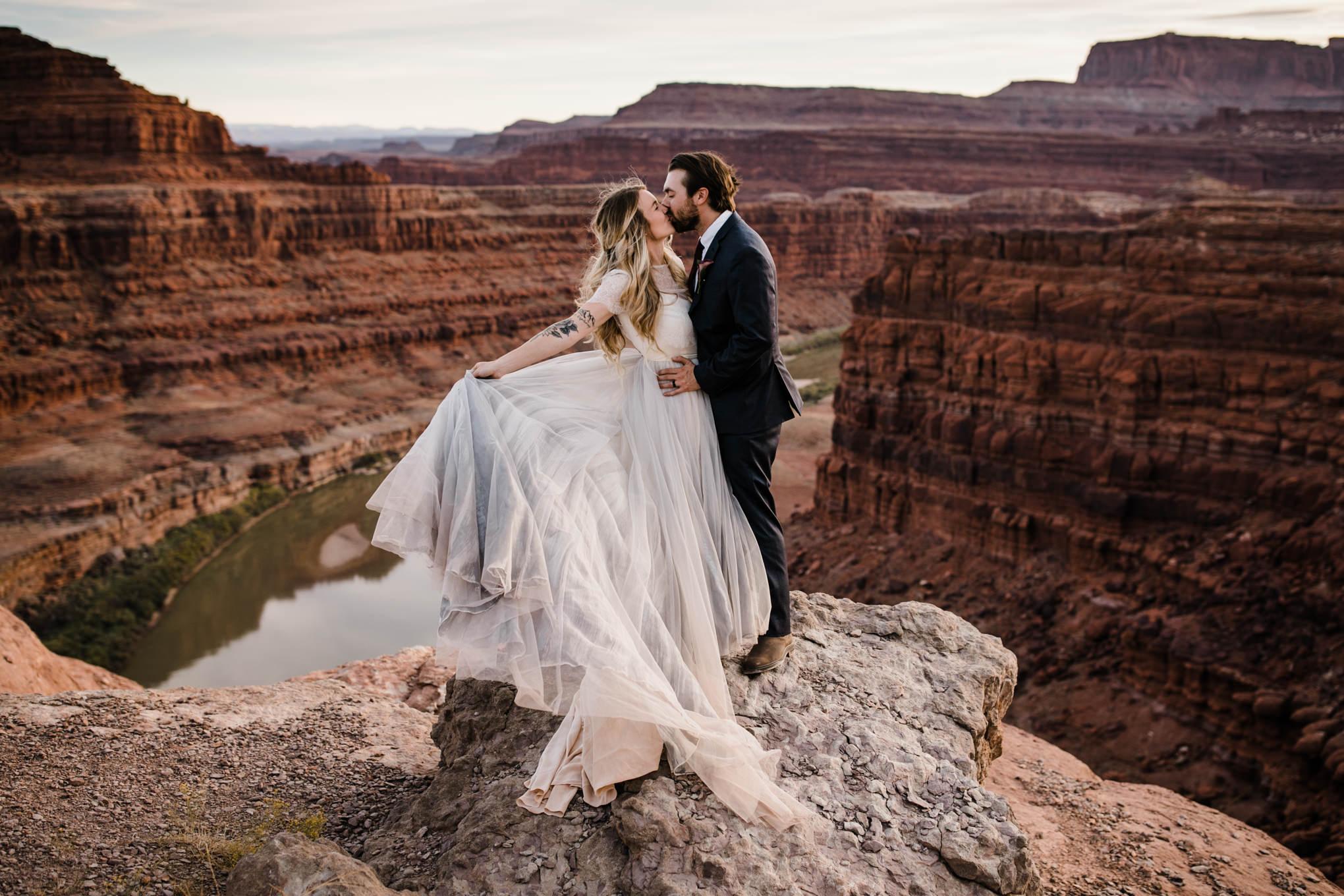 Jeep-Elopement-Moab-Adventure-Wedding-Photographer-Utah-4.jpg
