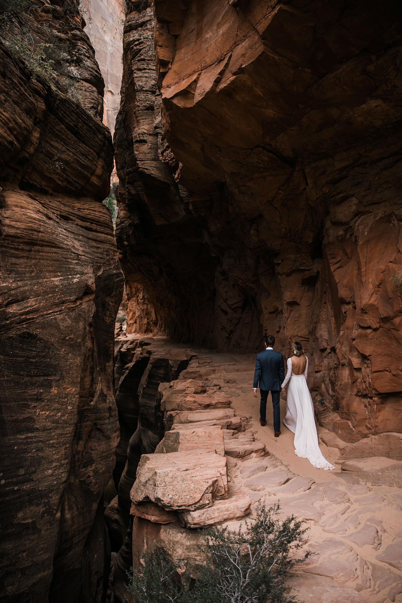 Zion-National-Park-Elopement-Wedding-Adventure-Hiking-Hearnes-Photography-50.jpg