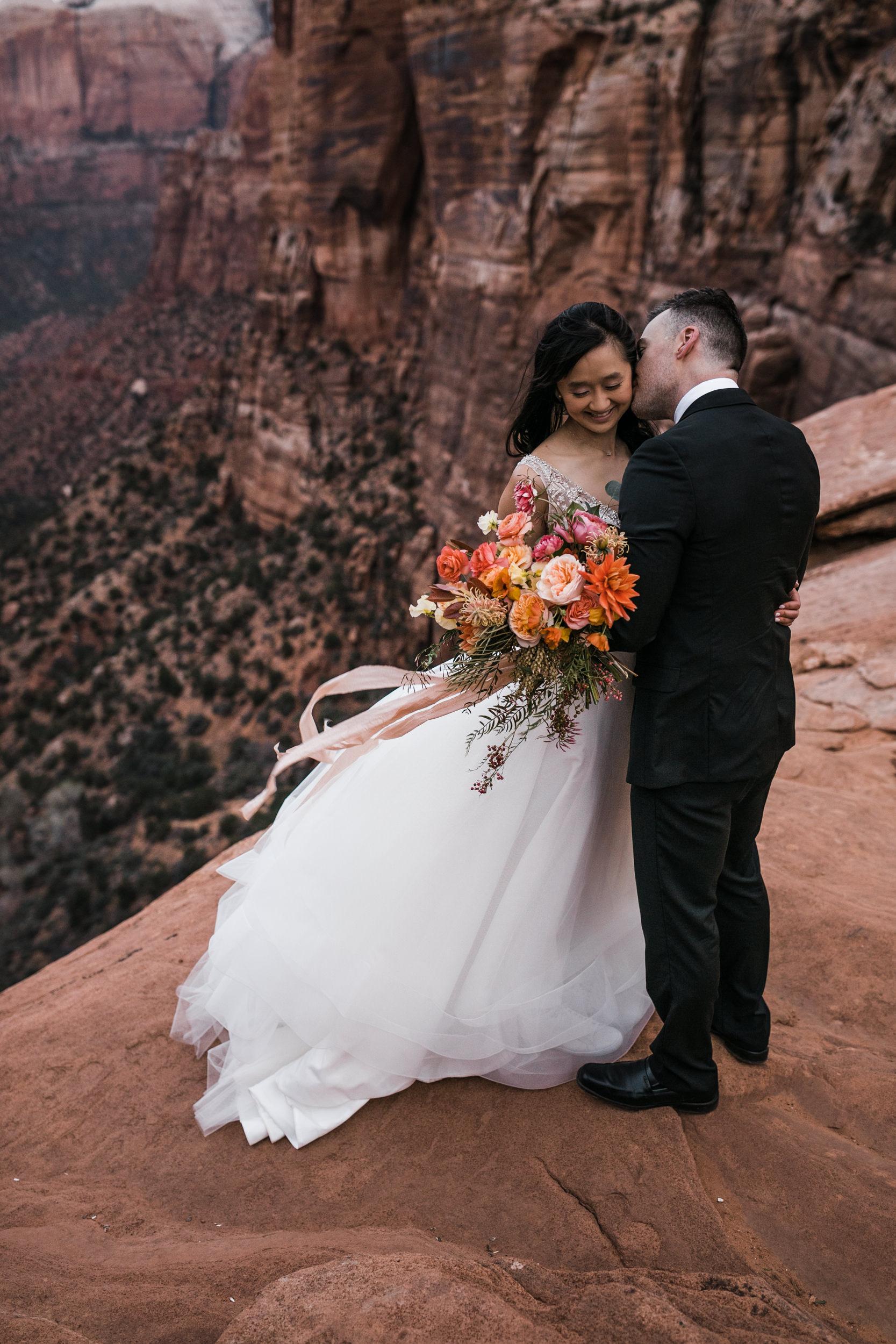 Zion-National-Park-Sunrise-Elopement-Hearnes-Wedding-Photography-15.jpg