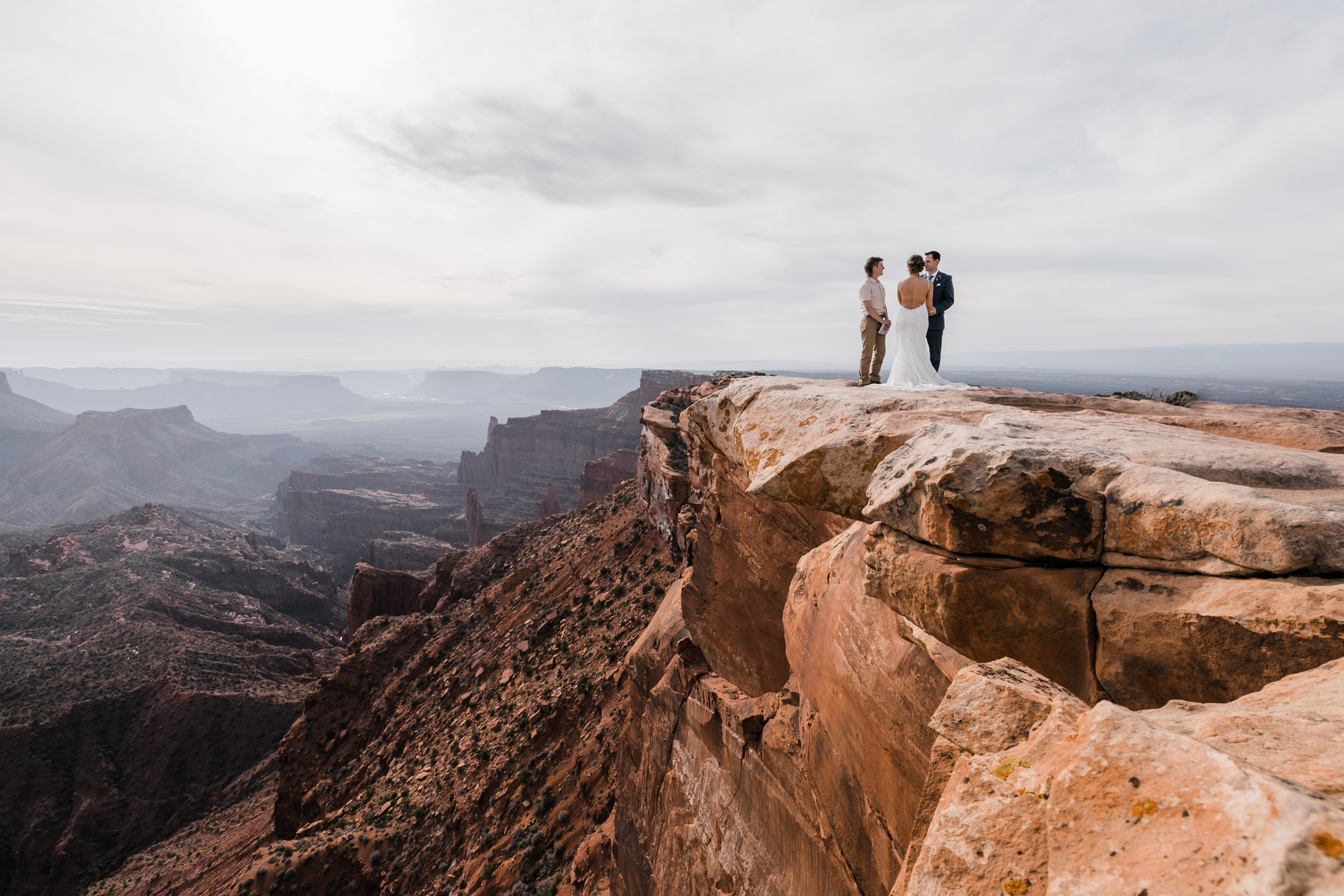 Hearnes-Elopement-Photography-Moab-Jeep-Wedding-15.jpg