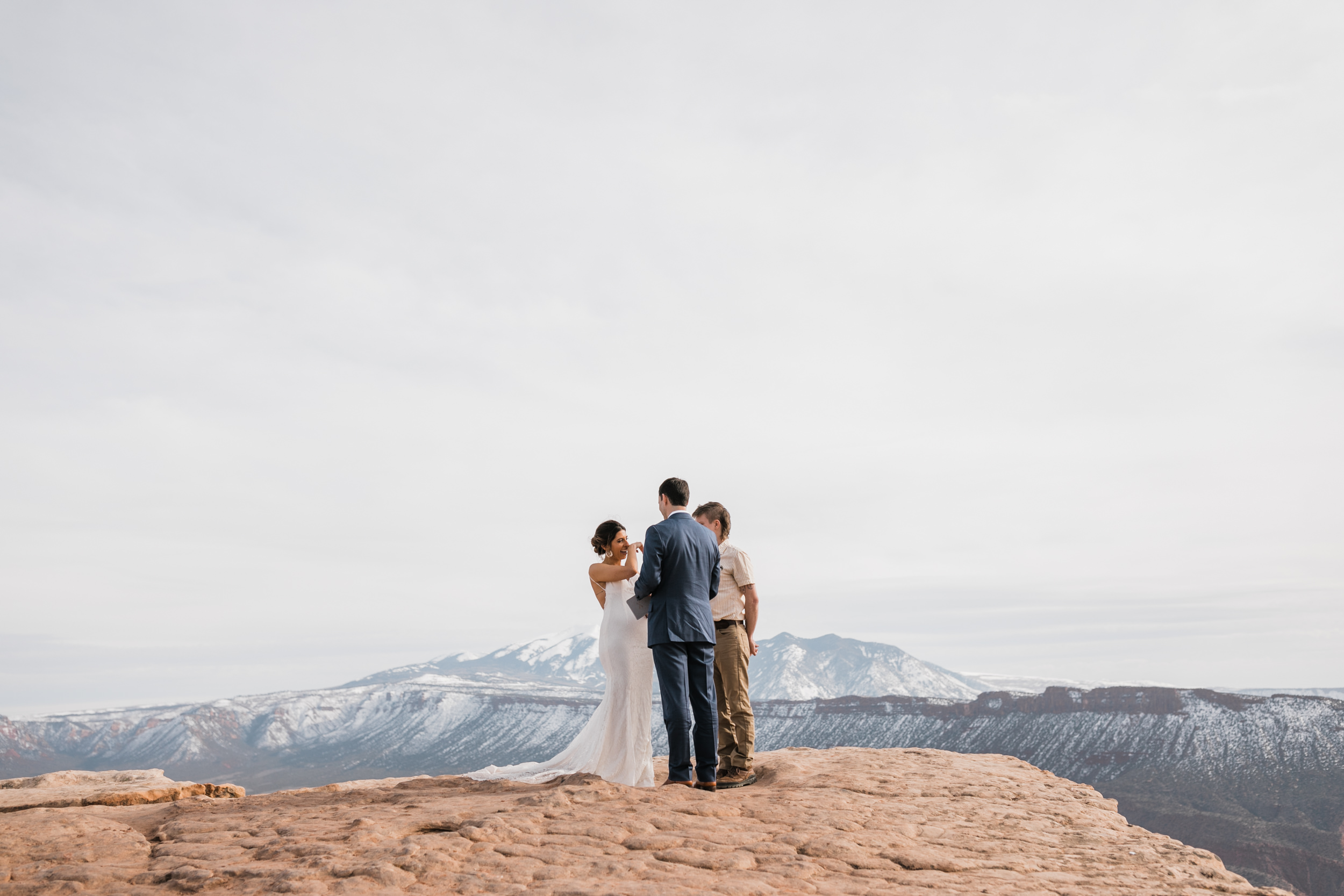 The Hearnes Adventure Wedding in Moab Utah Jeep Tour