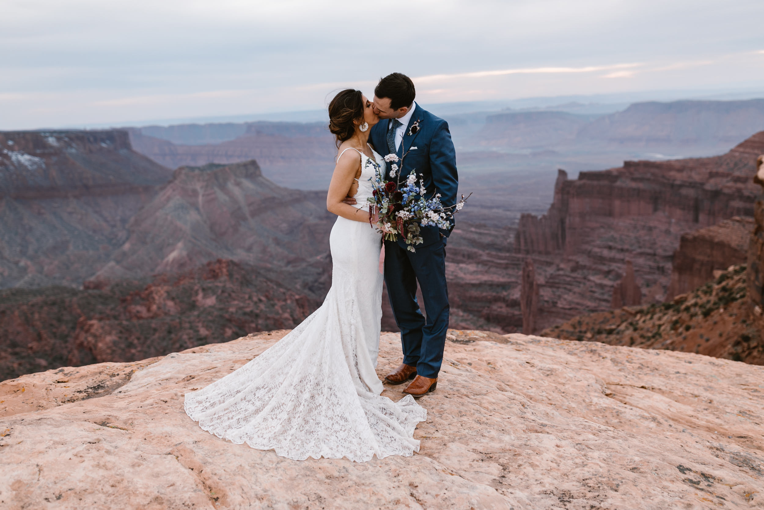Hearnes-Elopement-Photography-Moab-Jeep-Wedding-38.jpg