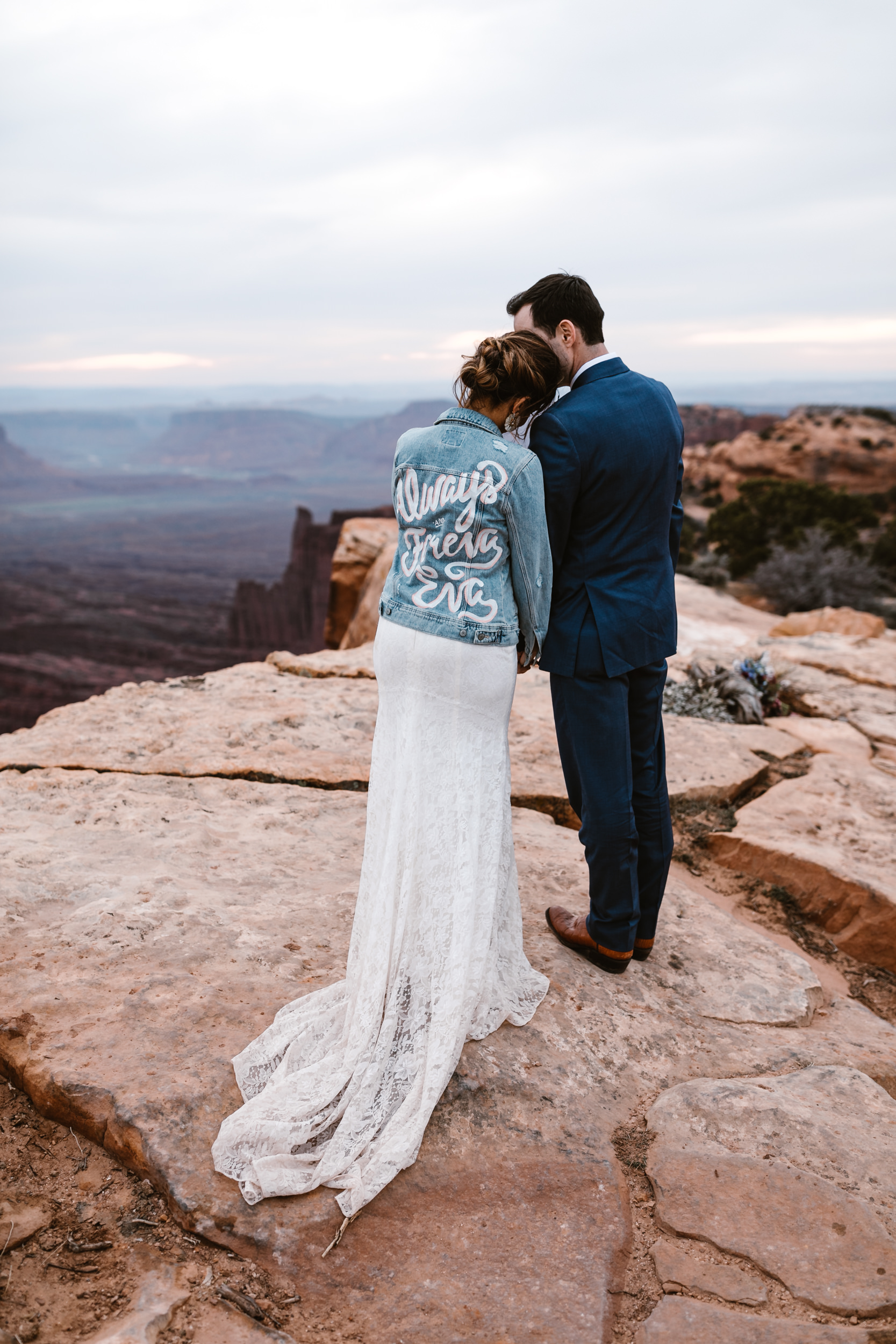 The Hearnes Adventure Wedding in Moab Utah Officiant Jeep Desert Adventure