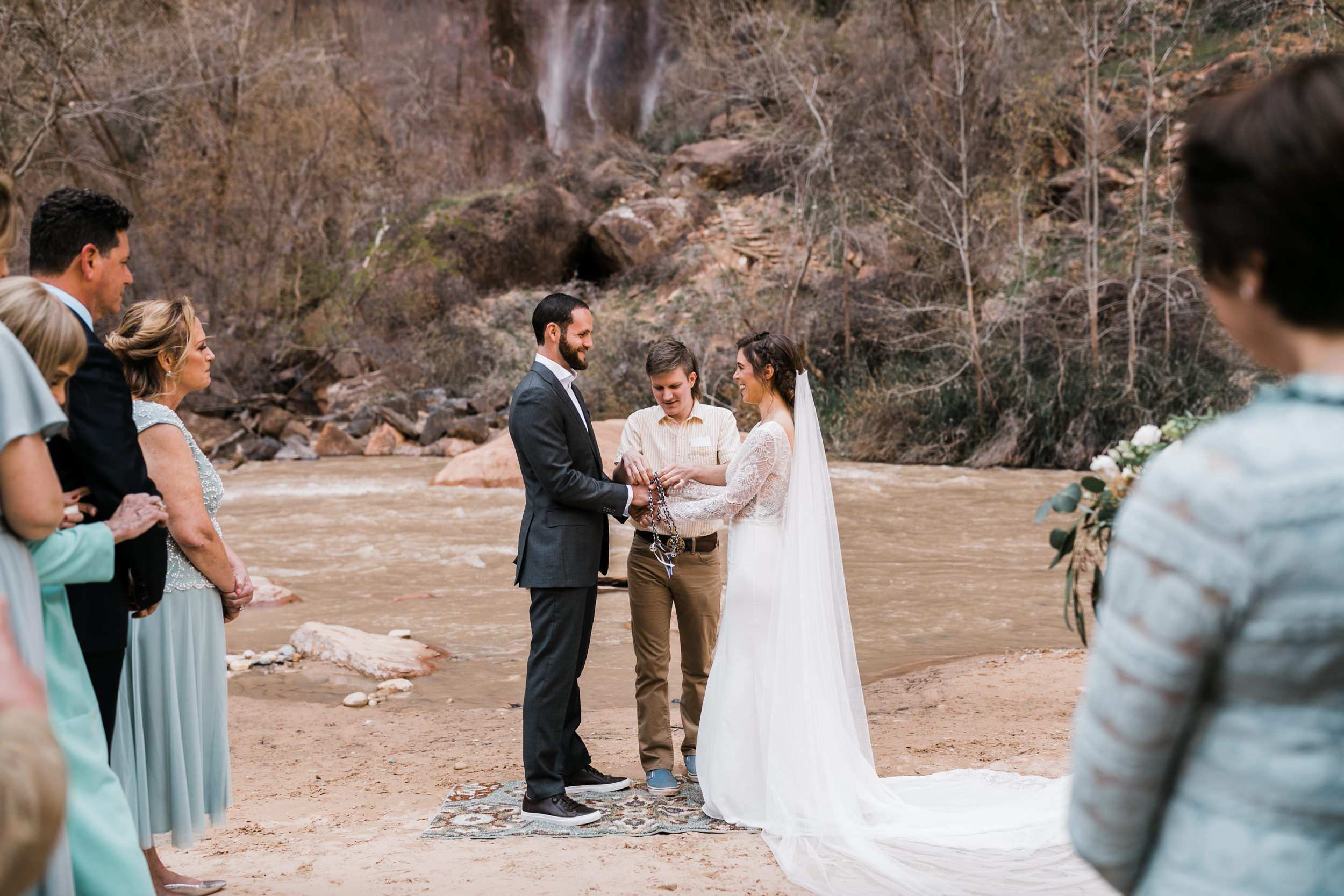 Zion-National-Park-Adventure-Wedding-Hearnes-Elopement-Photography-9.jpg