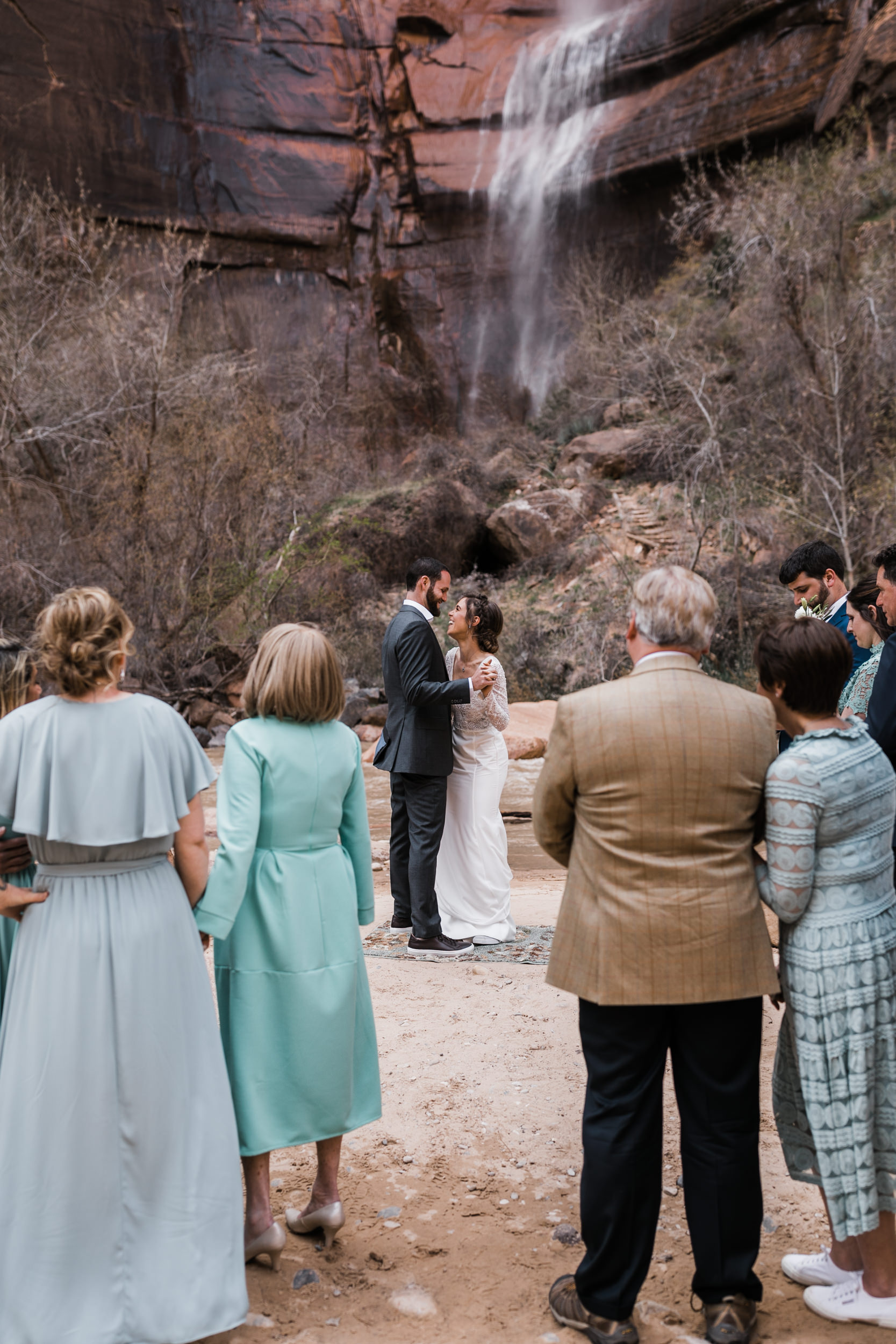 Zion-National-Park-Adventure-Wedding-Hearnes-Elopement-Photography-25.jpg