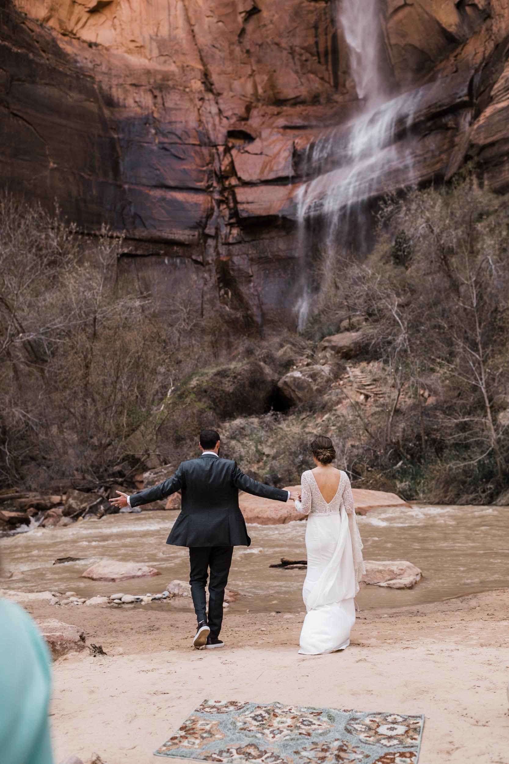 Zion-National-Park-Adventure-Wedding-Hearnes-Elopement-Photography-28.jpg