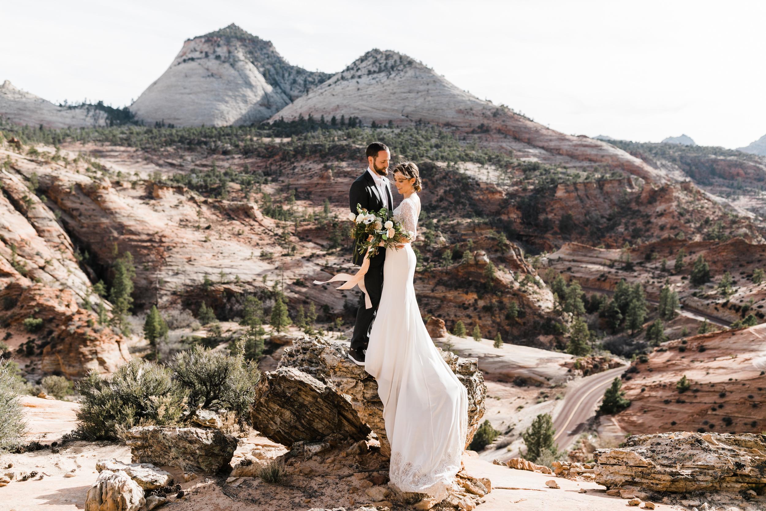 Zion-National-Park-Adventure-Wedding-Hearnes-Elopement-Photography-30.jpg