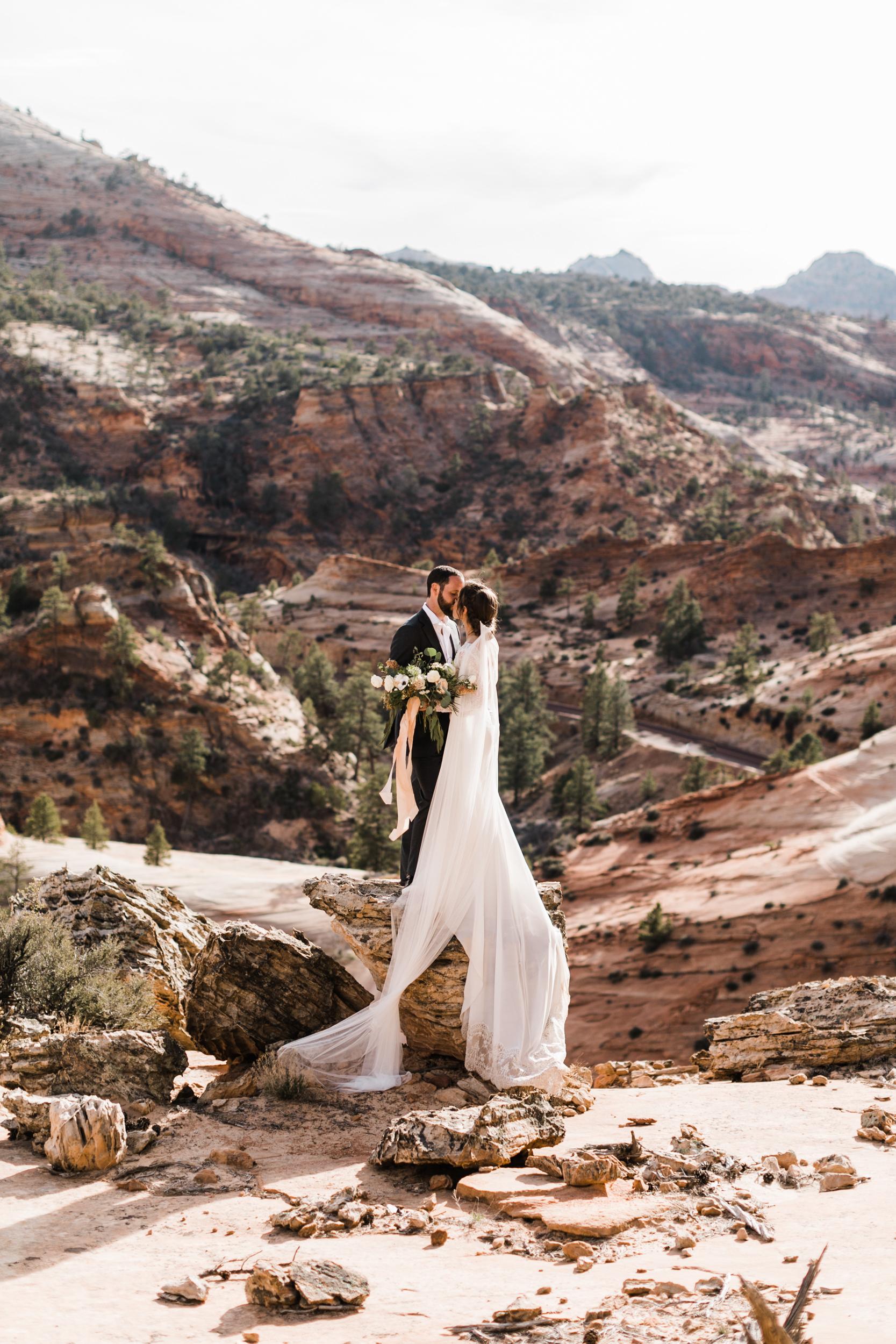 Zion-National-Park-Adventure-Wedding-Hearnes-Elopement-Photography-32.jpg