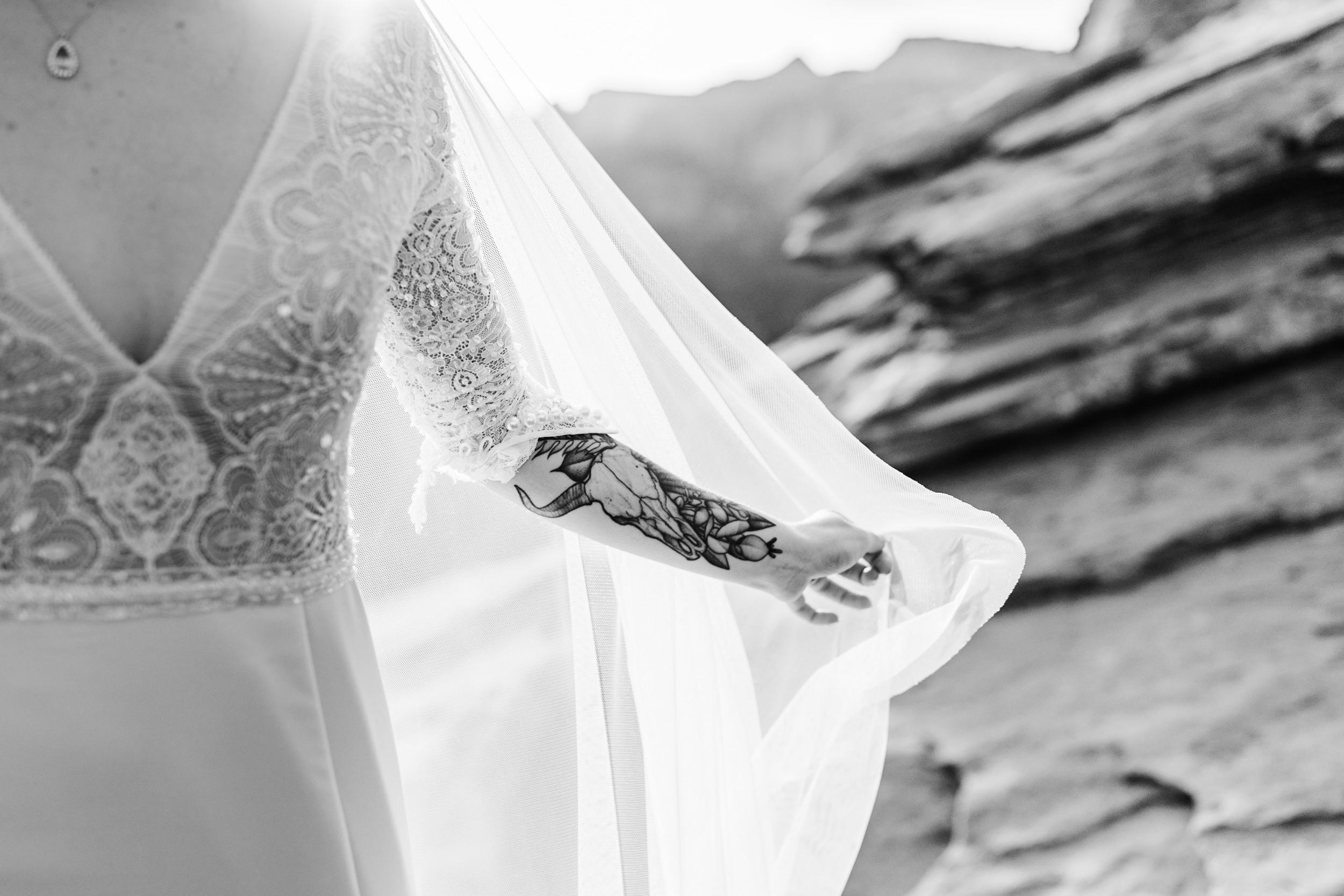 Zion-National-Park-Adventure-Wedding-Hearnes-Elopement-Photography-41.jpg