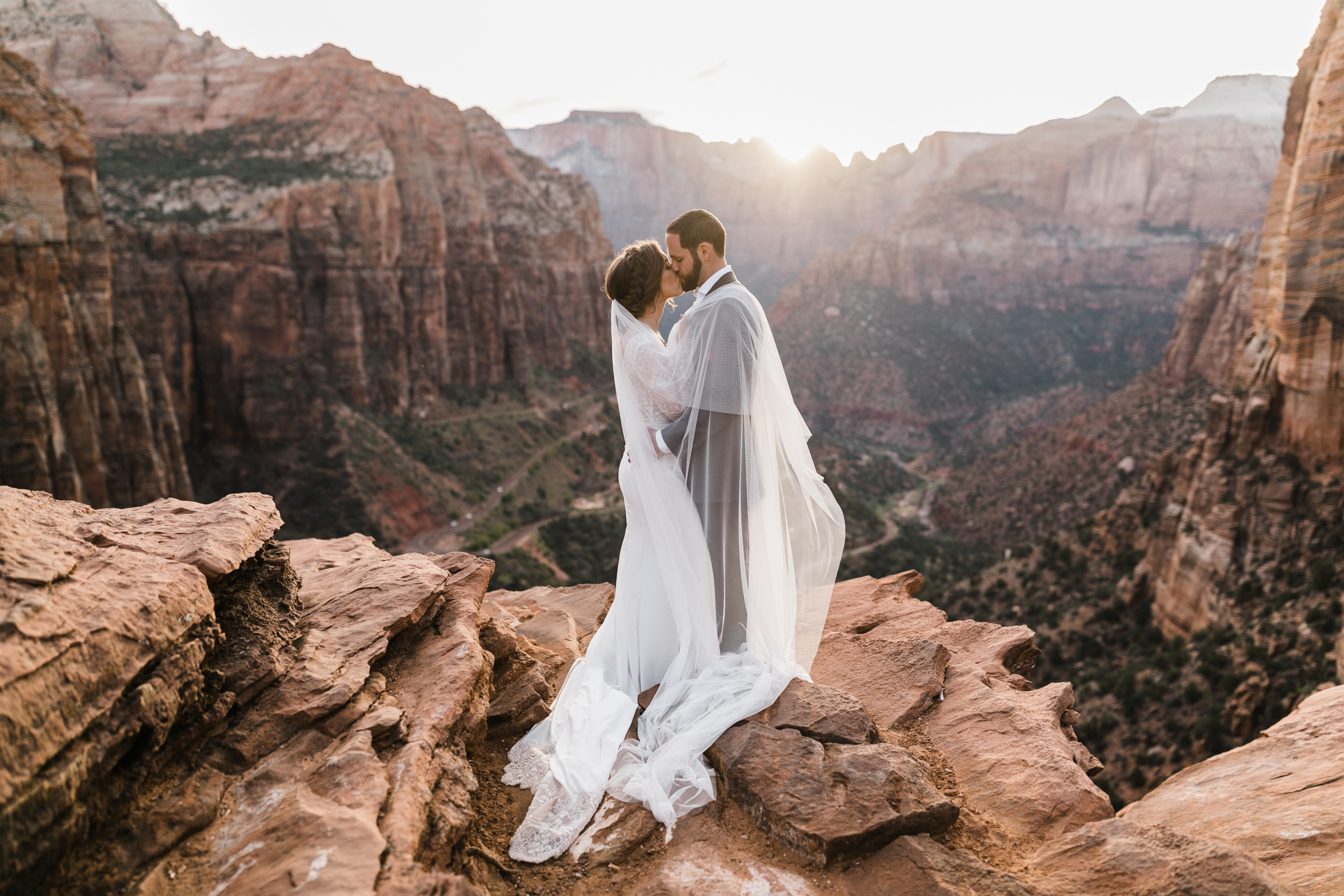 Zion-National-Park-Adventure-Wedding-Hearnes-Elopement-Photography-44.jpg