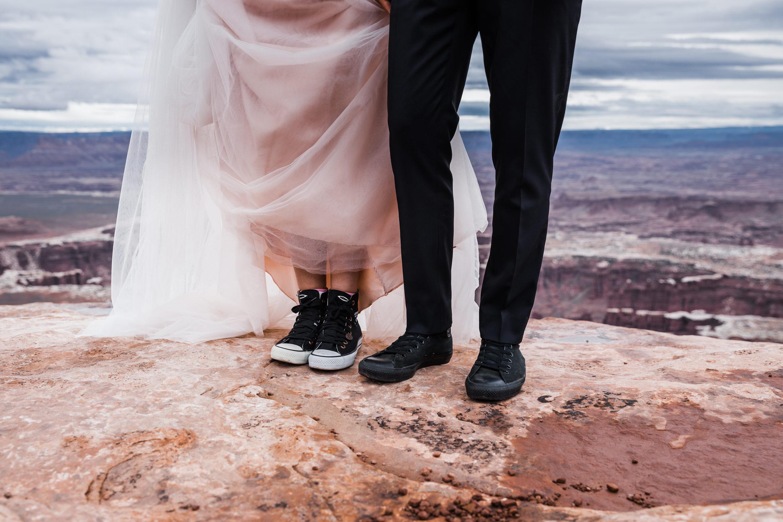 Hearnes-Elopement-Photography-Canyonlands-National-Park-Moab-Wedding-10.jpg