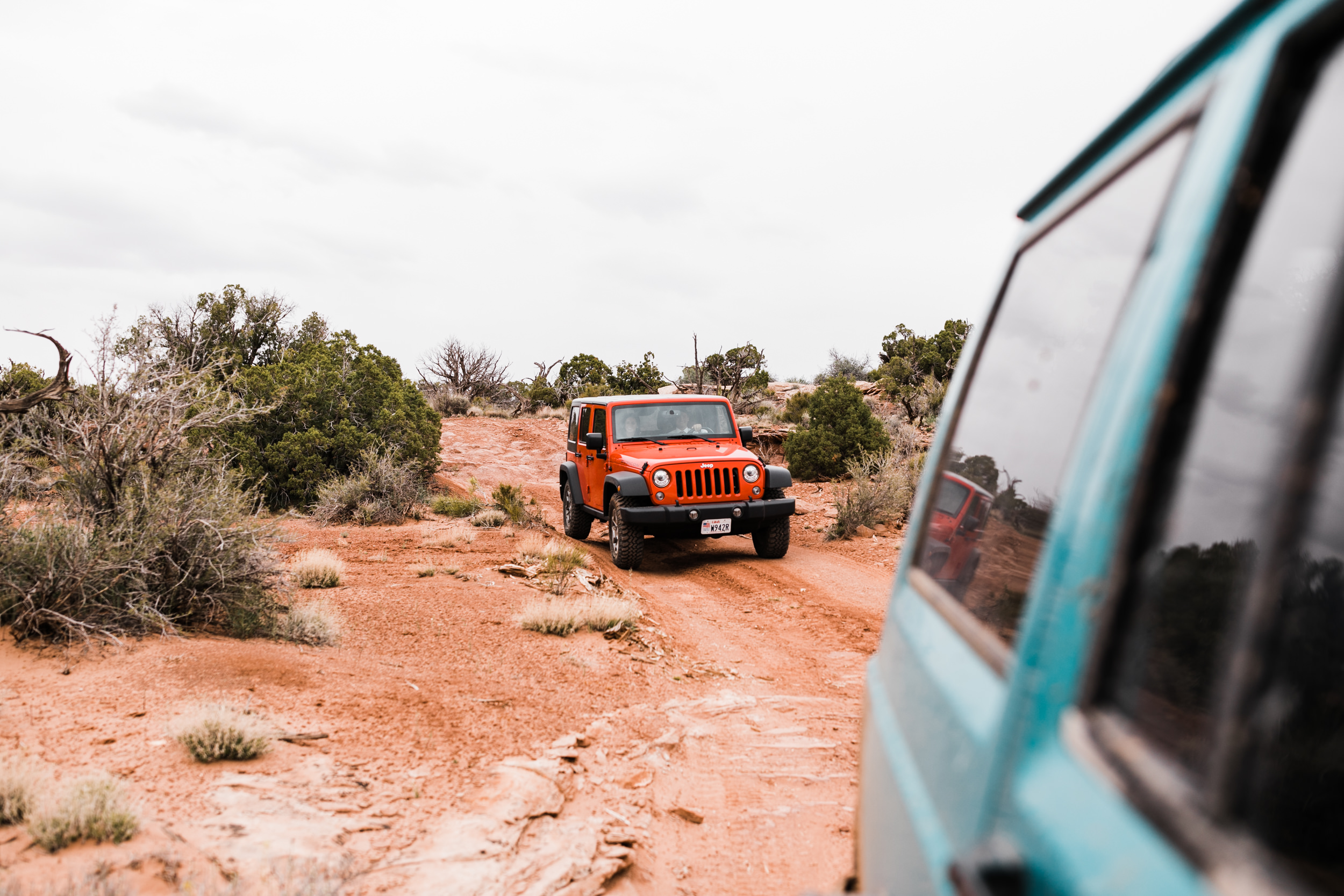 Jeep-Wedding-Moab-Utah-Hearnes-Adventure-Elopement-Photography-4.jpg