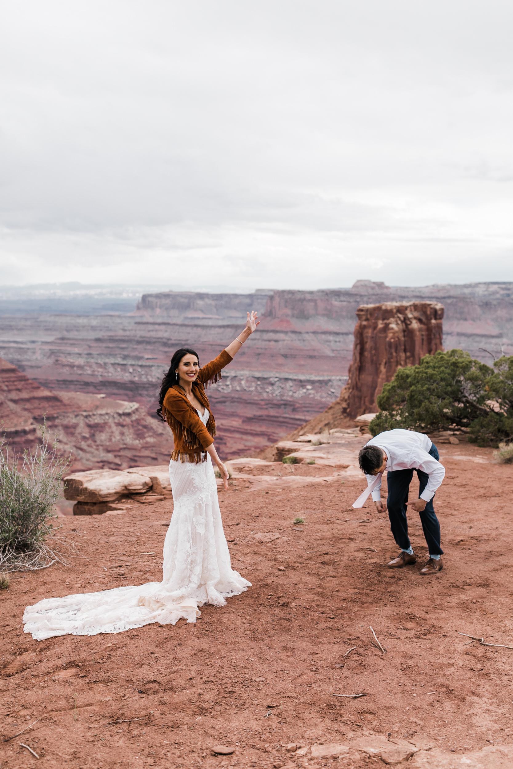Jeep-Wedding-Moab-Utah-Hearnes-Adventure-Elopement-Photography-39.jpg