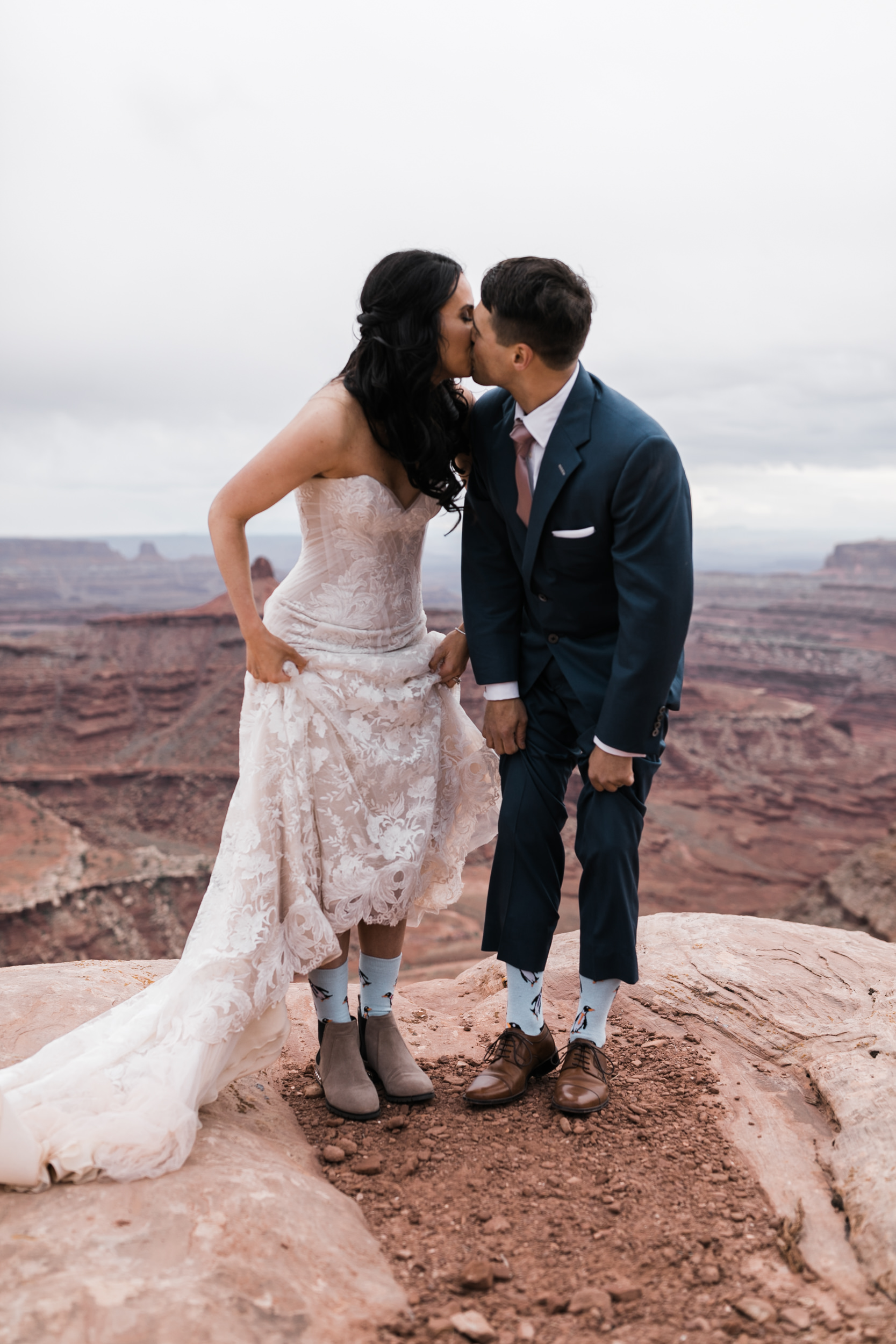 Jeep-Wedding-Moab-Utah-Hearnes-Adventure-Elopement-Photography-54.jpg