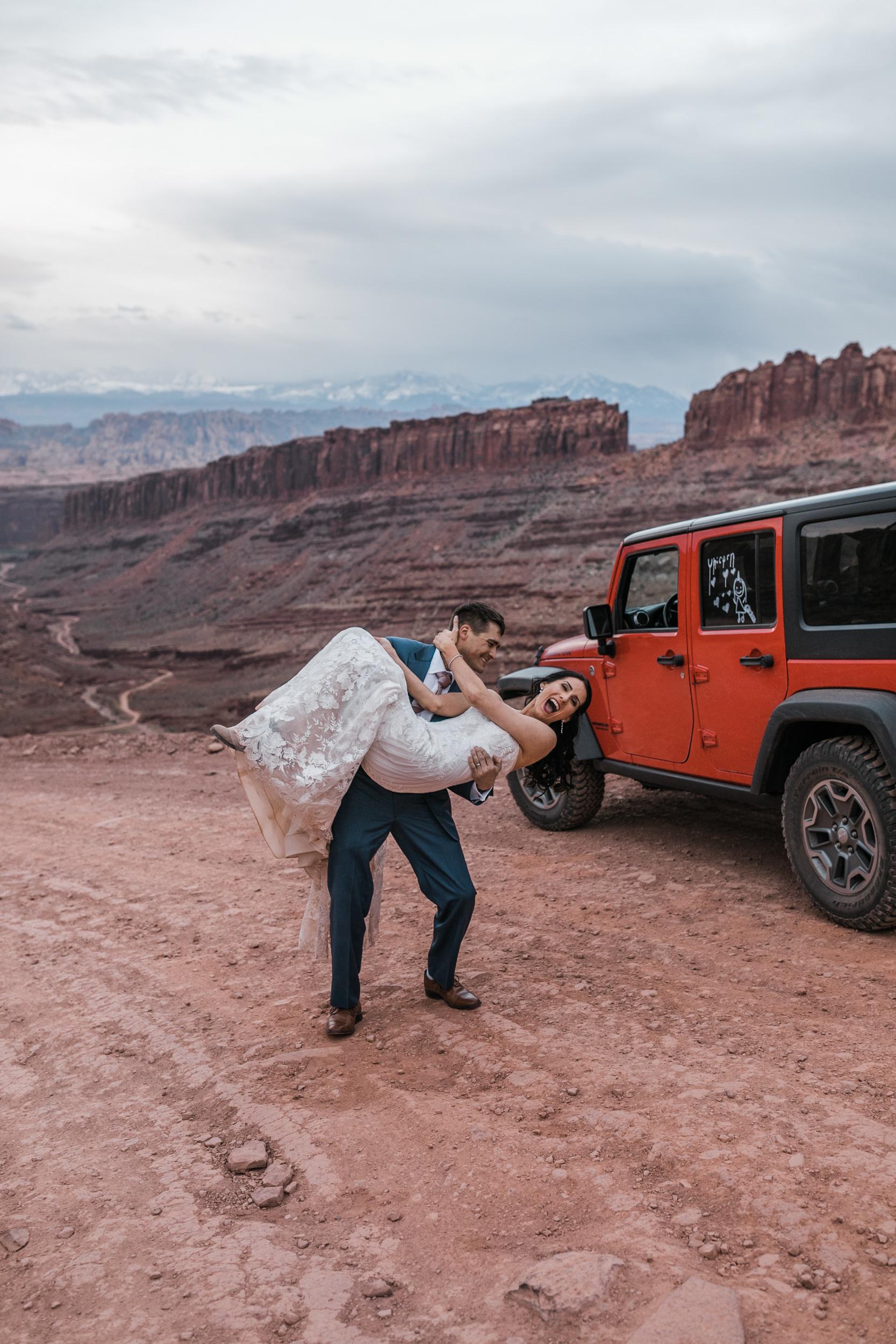 Jeep-Wedding-Moab-Utah-Hearnes-Adventure-Elopement-Photography-58.jpg