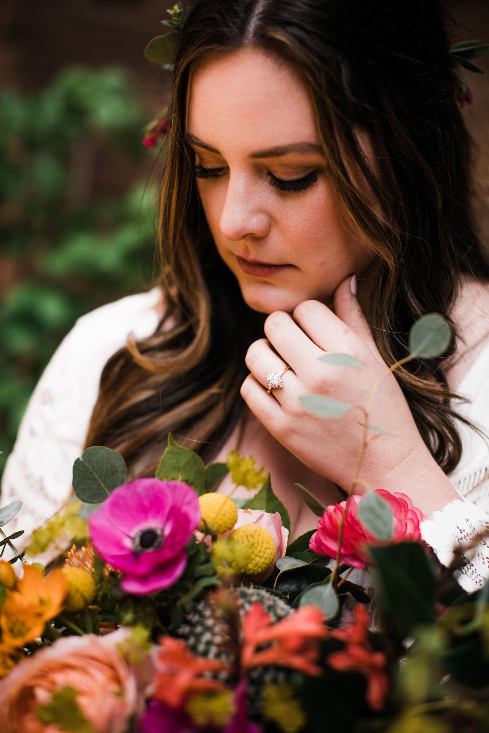 Zion national park elopement photographer | colorful elopement bouquet | alternate wedding ideas | the hearnes adventure photography