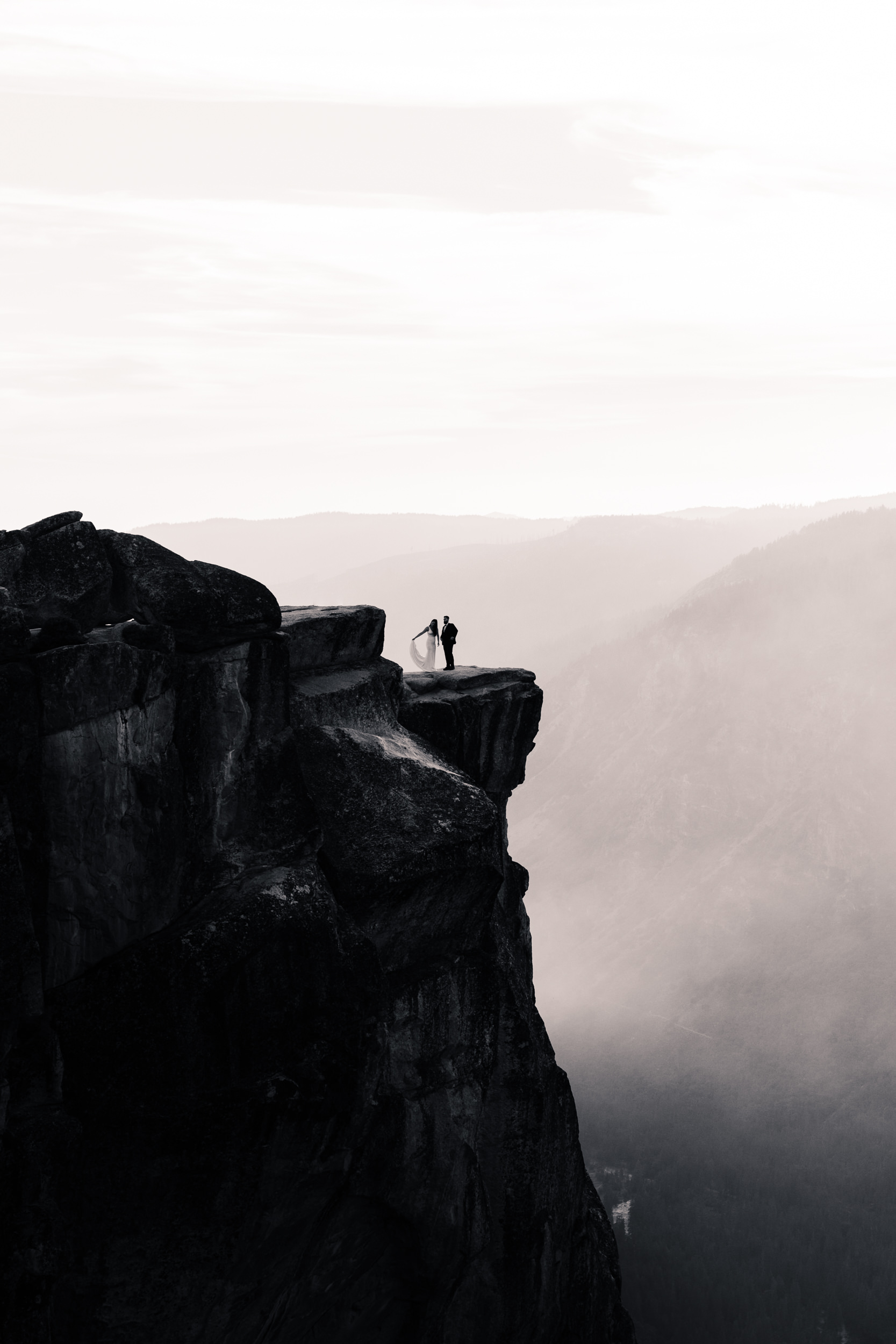 April + Kyle's Adventurous Wedding Portraits in Yosemite National Park   the hearnes adventure wedding photography   taft point elopement
